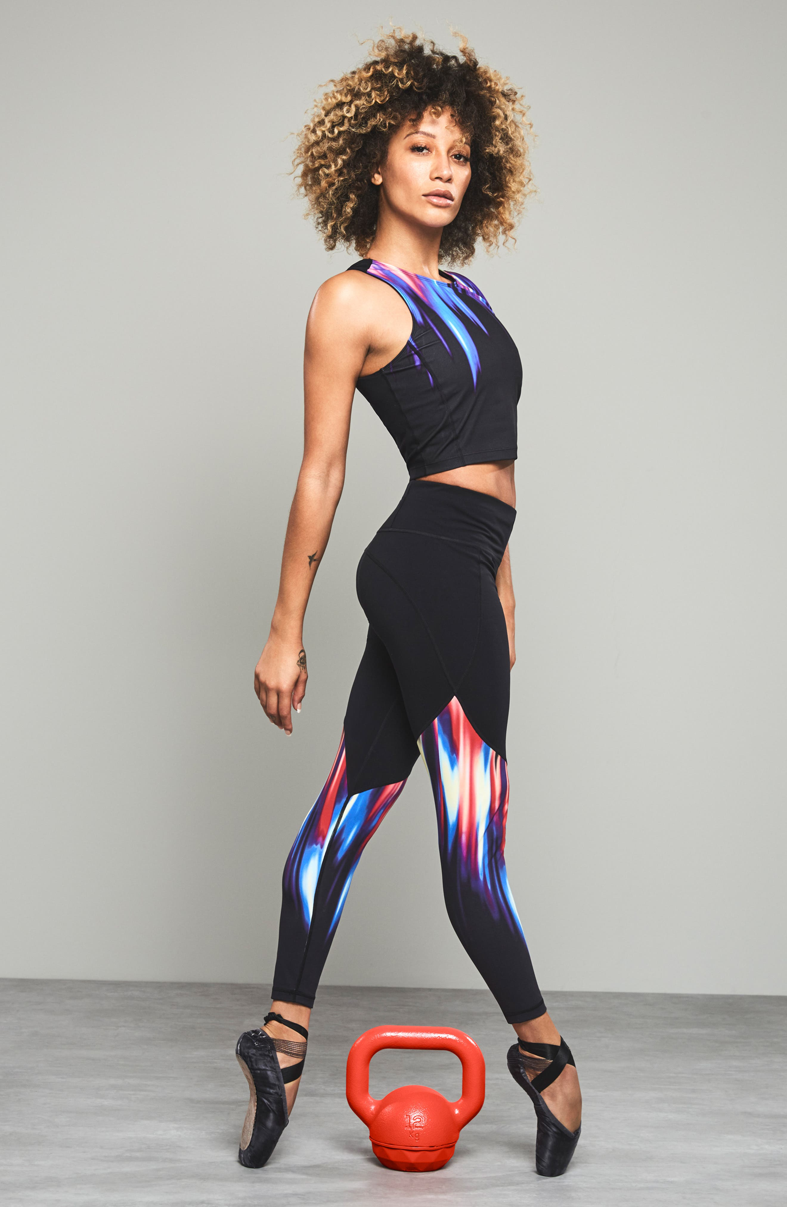 SWEATY BETTY, Power Workout Ankle Leggings, Alternate thumbnail 7, color, BLACK STROBE PLACEMENT PRINT