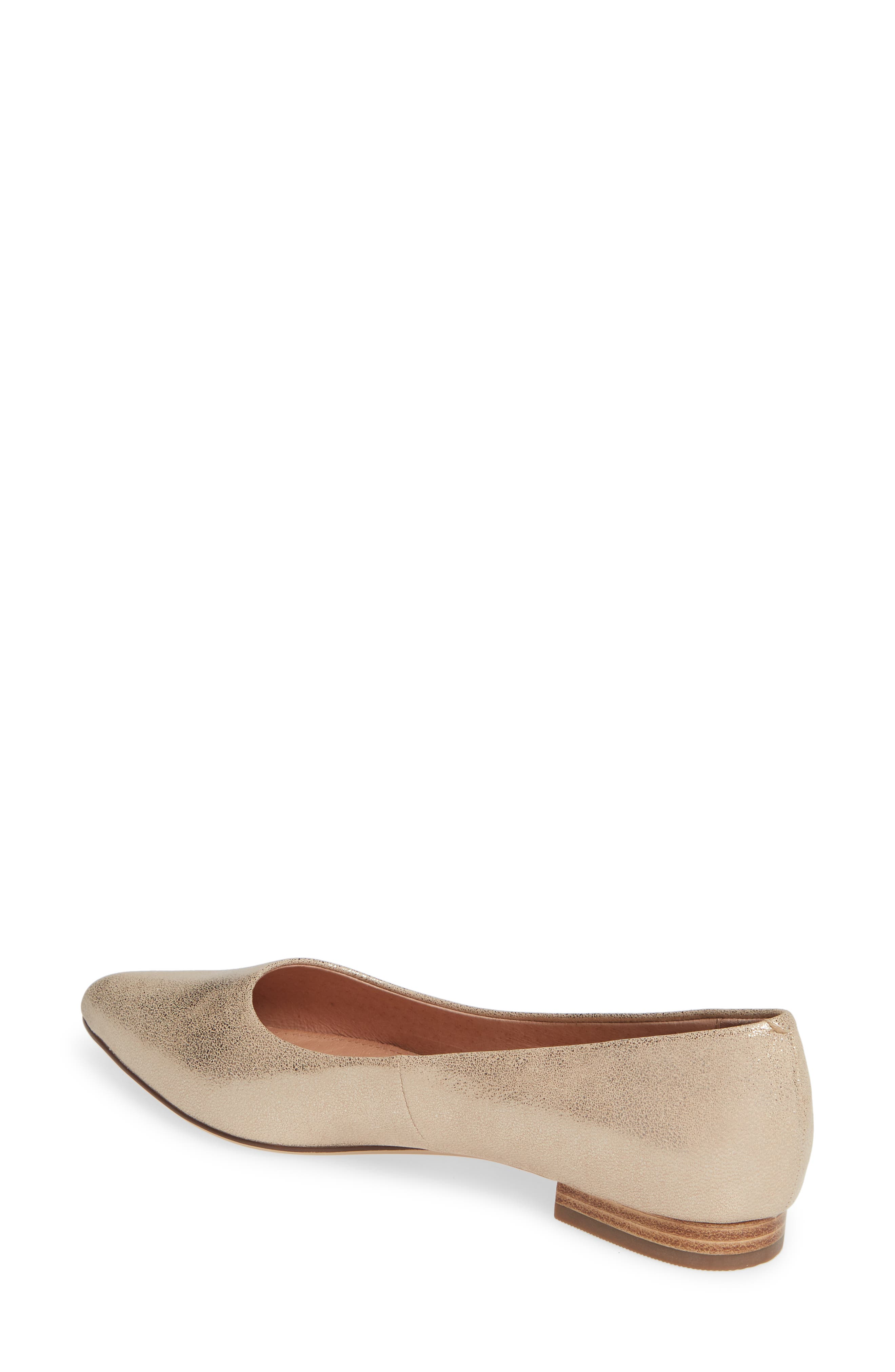 CASLON<SUP>®</SUP>, Luna Pointy Toe Flat, Alternate thumbnail 2, color, LIGHT GOLD LEATHER