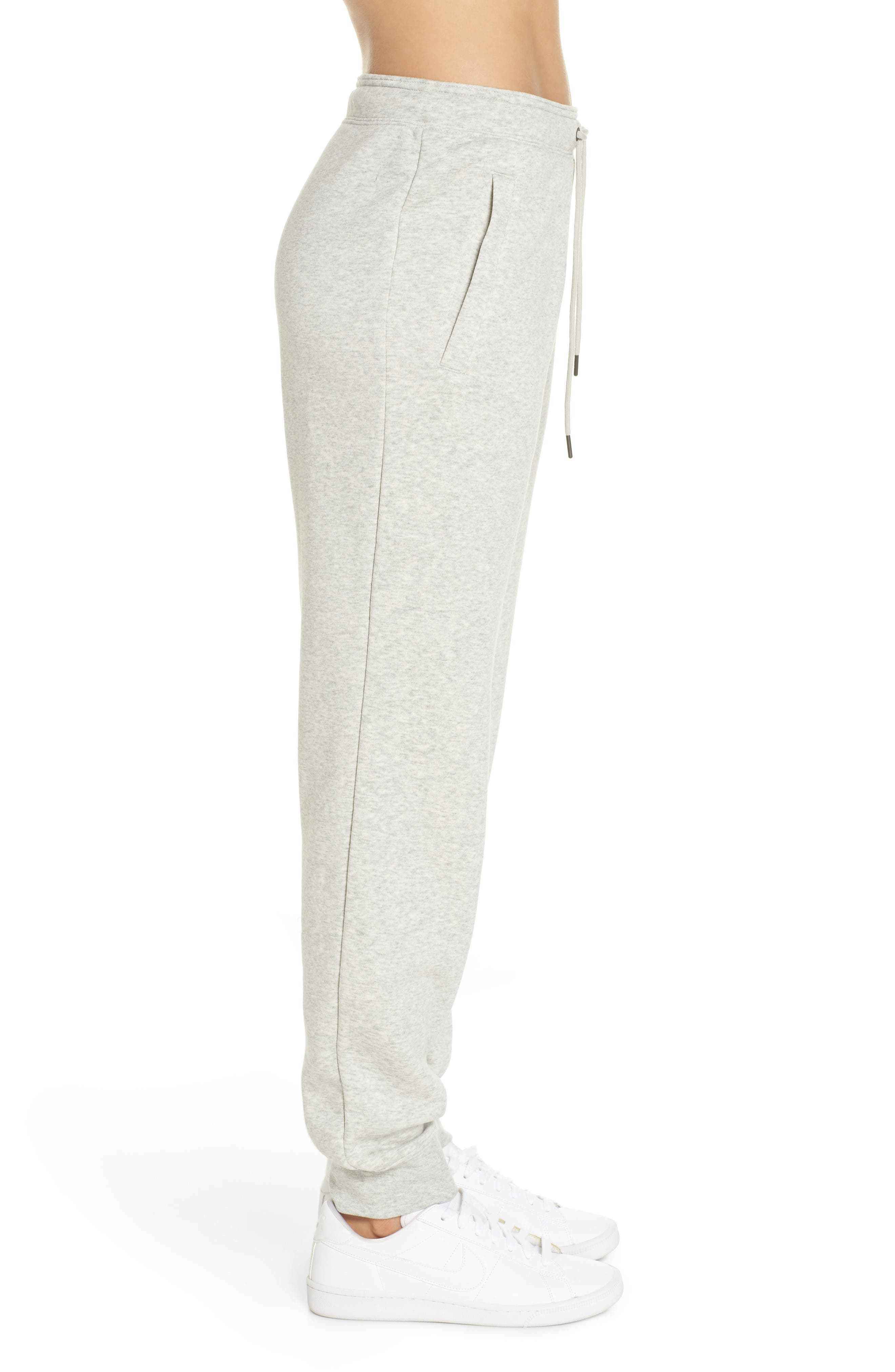NIKE, Sportswear Rally Jogger Pants, Alternate thumbnail 4, color, GREY HEATHER/ PALE GREY/ WHITE