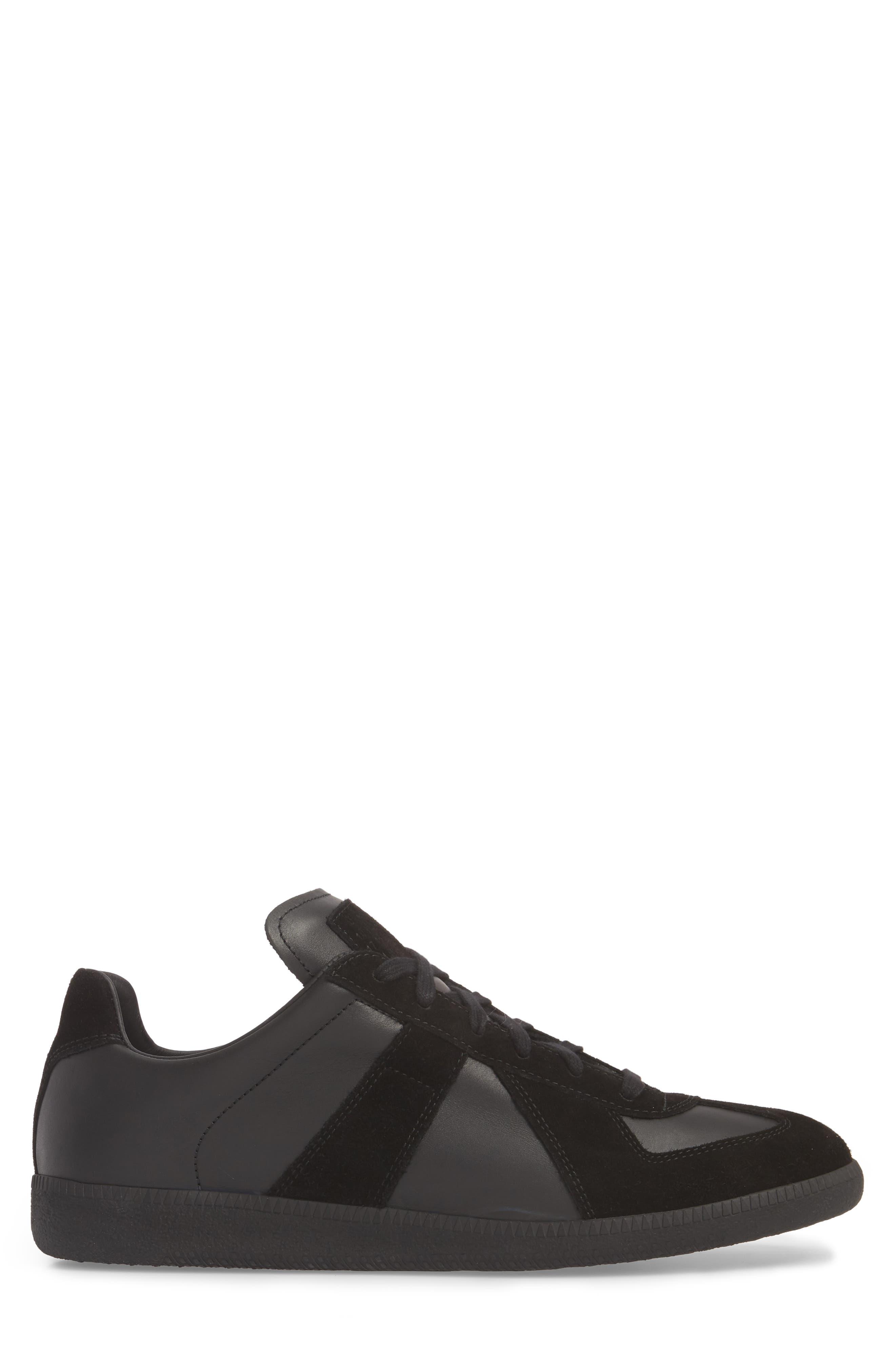 MM6 MAISON MARGIELA, Maison Margiela Replica Low Top Sneaker, Alternate thumbnail 3, color, BLACK