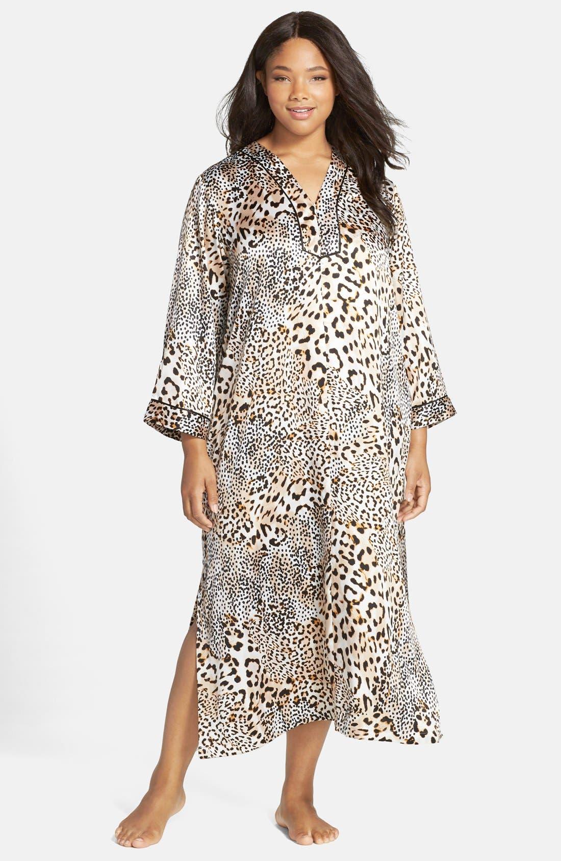 OSCAR DE LA RENTA, Sleepwear Cheetah Print Caftan, Main thumbnail 1, color, 250