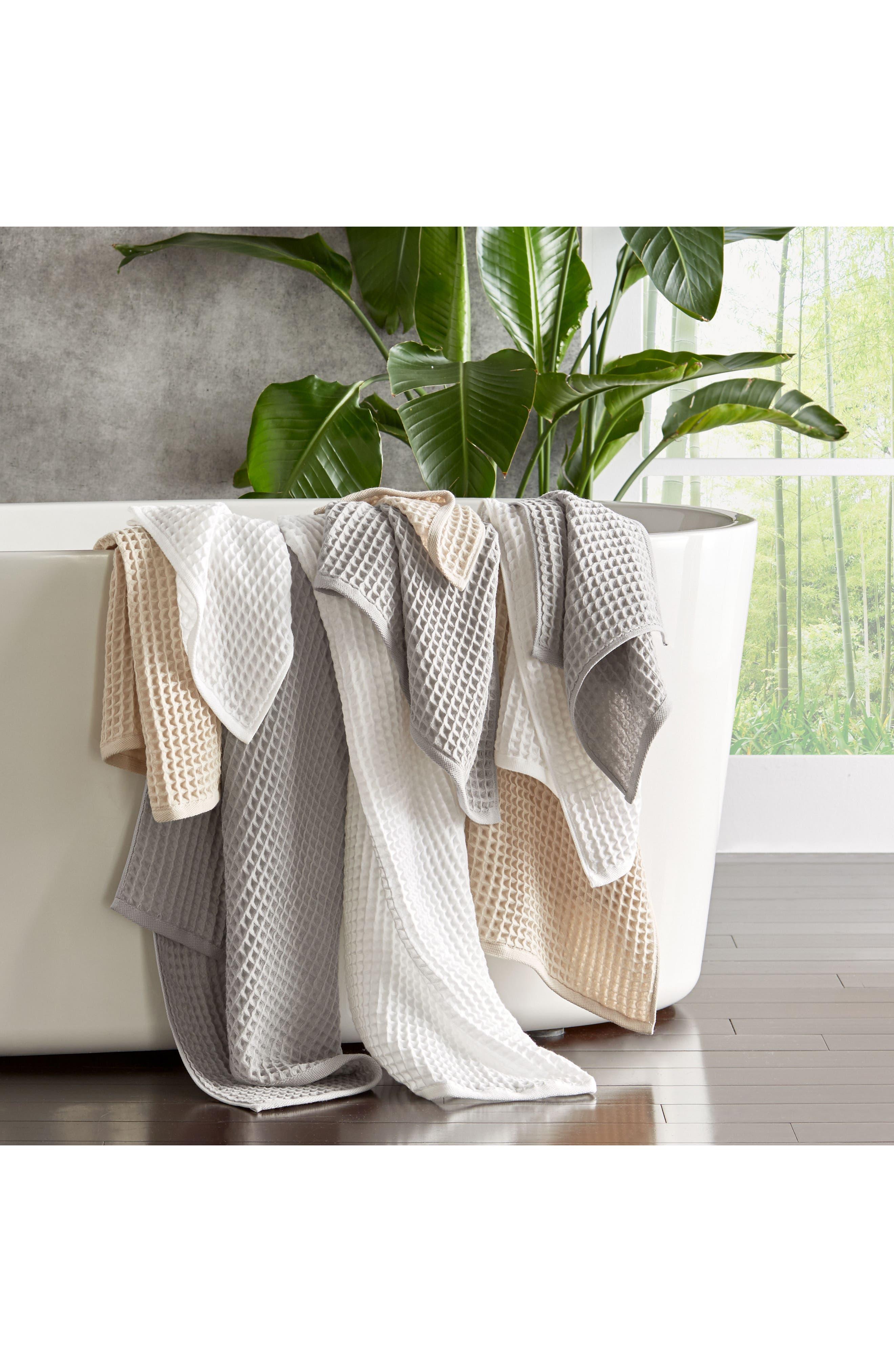 UCHINO, Air Waffle Bath Towel, Alternate thumbnail 2, color, GREY