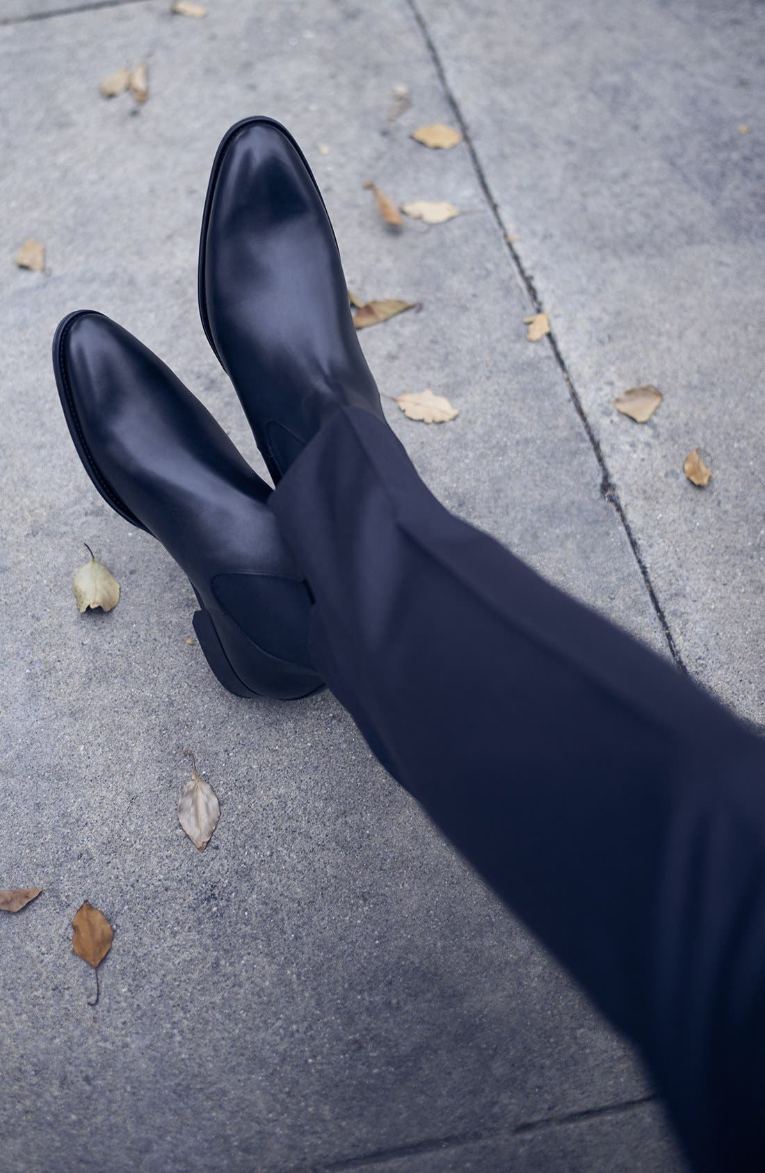 TO BOOT NEW YORK, Toby Chelsea Boot, Alternate thumbnail 6, color, BLACK LEATHER