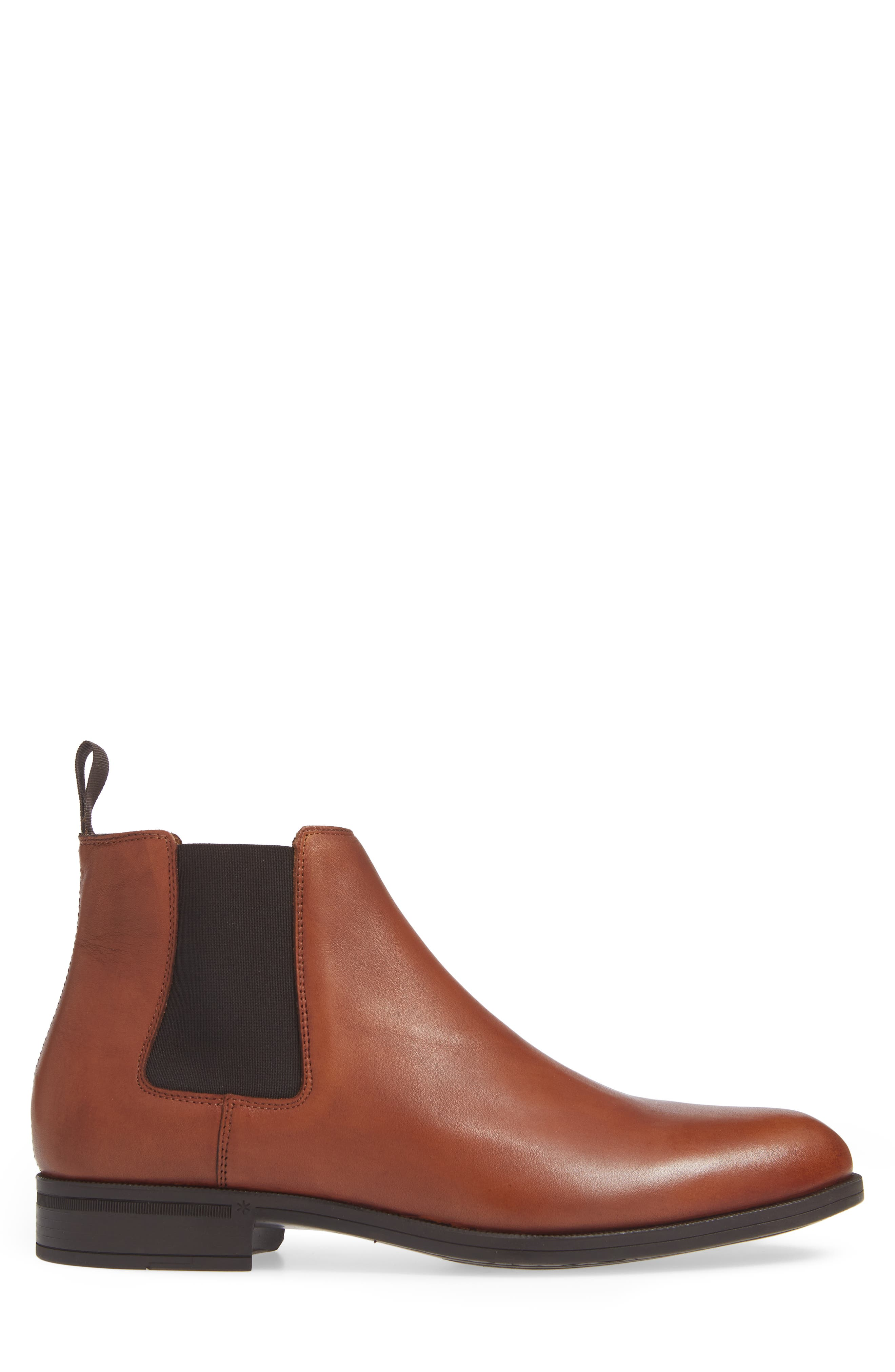 VINCE CAMUTO, Ivo Mid Chelsea Boot, Alternate thumbnail 3, color, COGNAC LEATHER