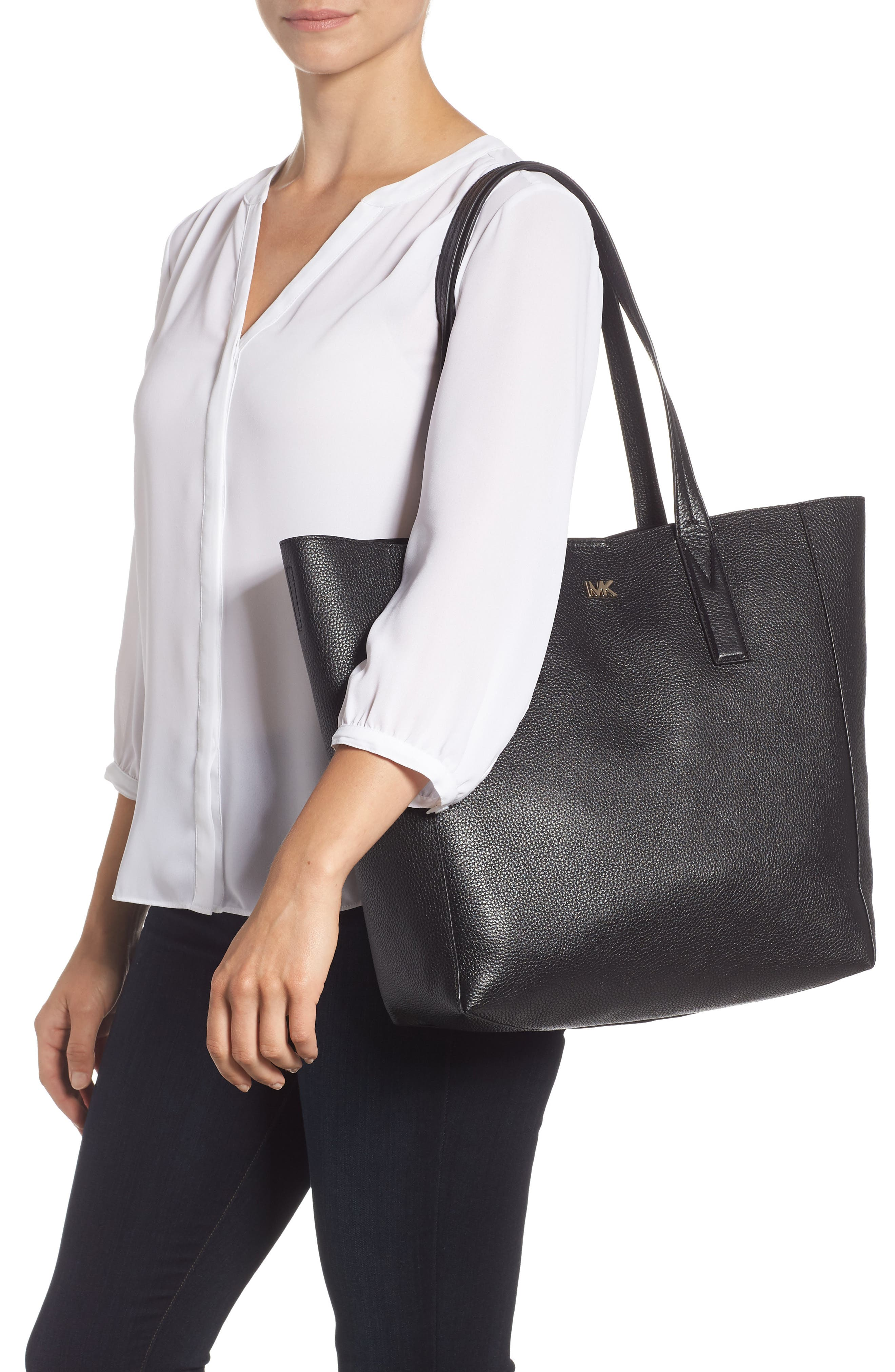 MICHAEL MICHAEL KORS, Large Leather Tote, Alternate thumbnail 2, color, 001