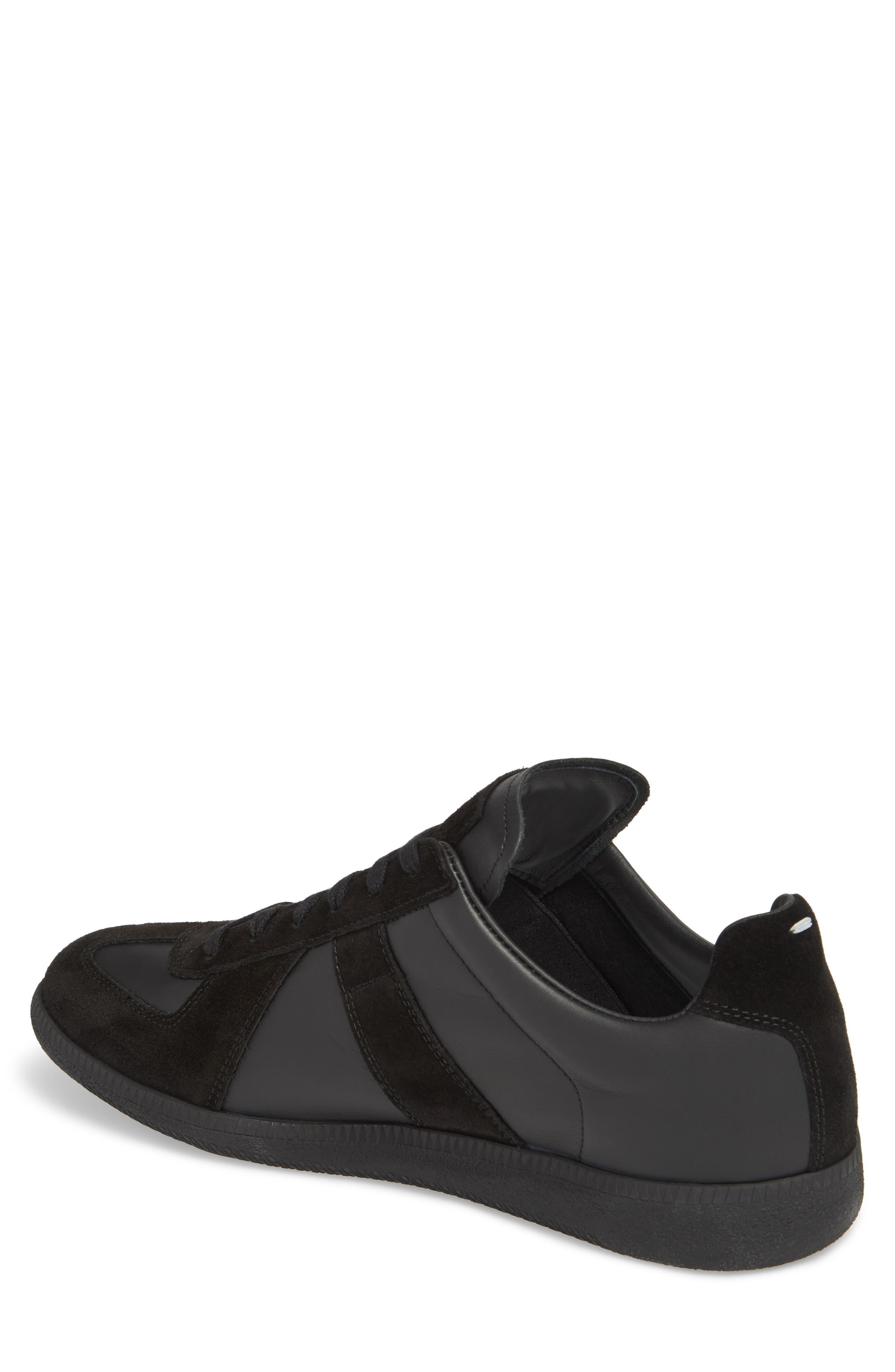 MM6 MAISON MARGIELA, Maison Margiela Replica Low Top Sneaker, Alternate thumbnail 2, color, BLACK