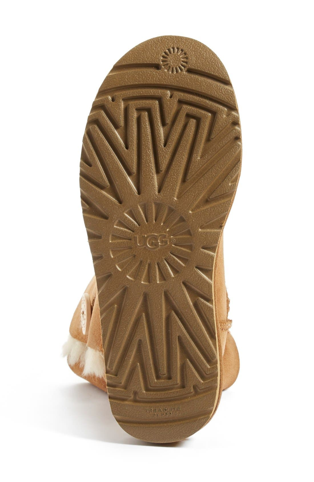 UGG<SUP>®</SUP>, Bailey Button II Boot, Alternate thumbnail 4, color, CHESTNUT SUEDE