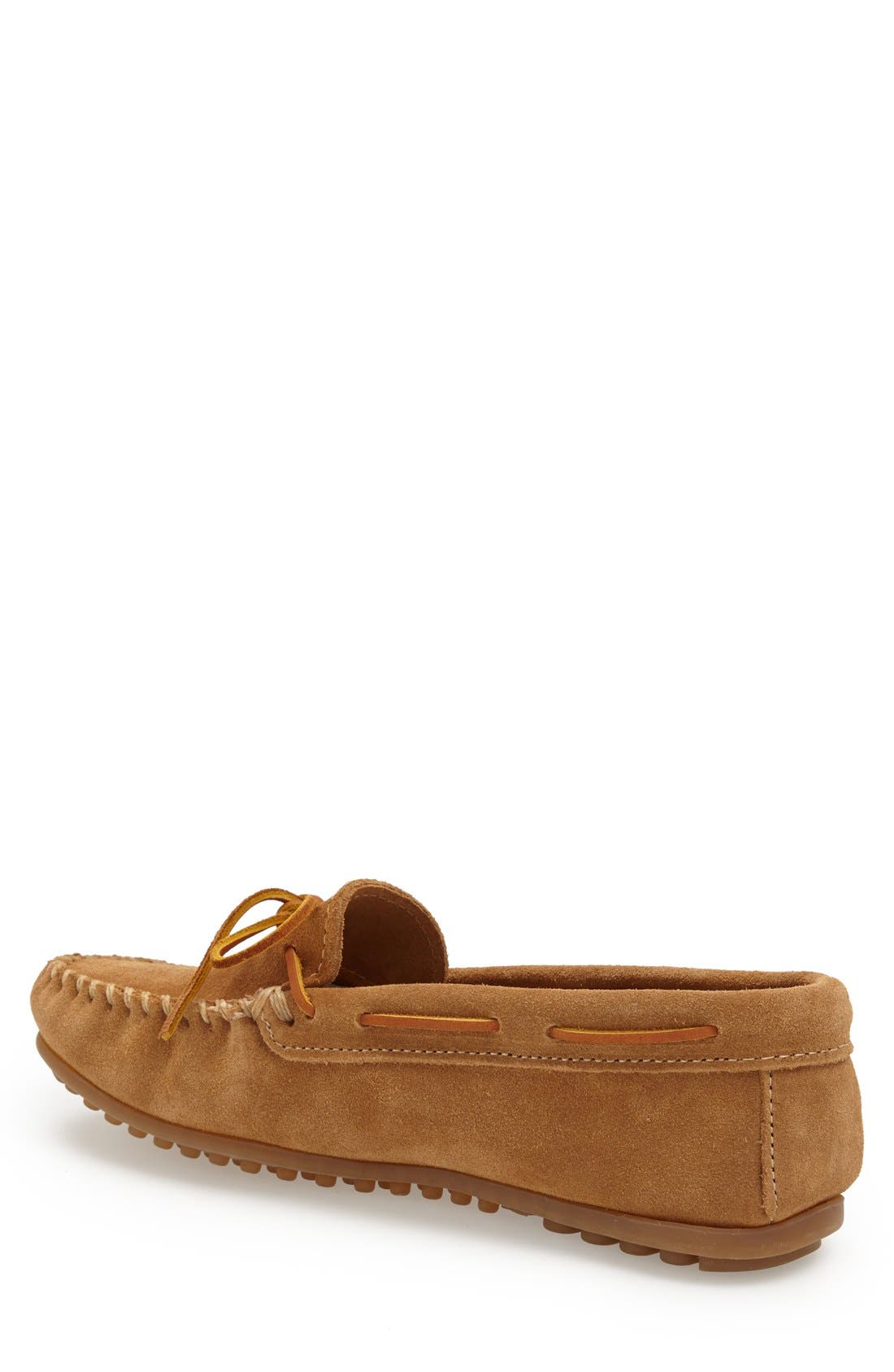 MINNETONKA, Suede Driving Shoe, Alternate thumbnail 3, color, TAUPE