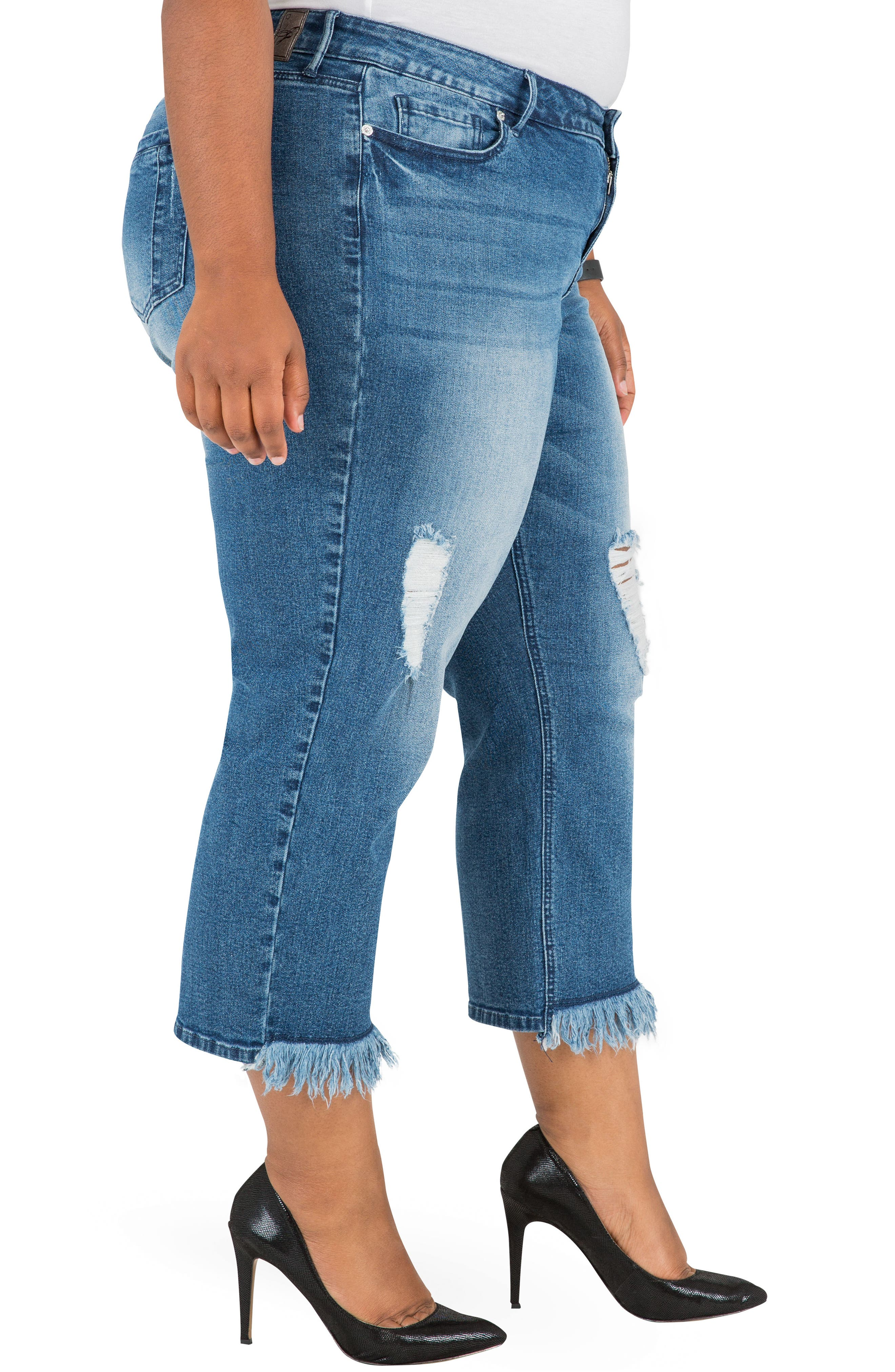 POETIC JUSTICE, Verla Frayed Hem Crop Boyfriend Jeans, Alternate thumbnail 3, color, LIGHT BLUE