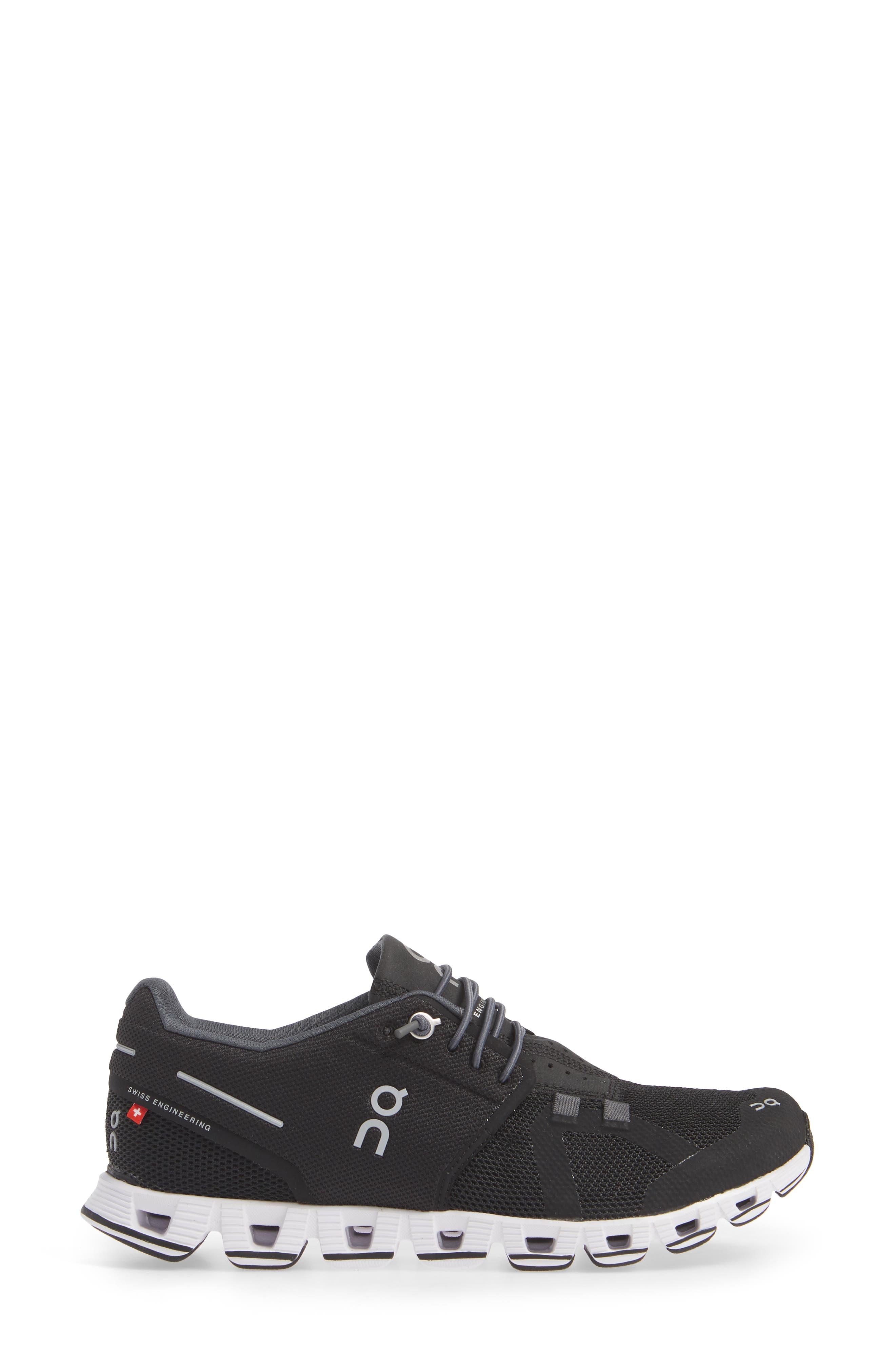 ON RUNNING, Cloud Running Shoe, Alternate thumbnail 3, color, BLACK/ WHITE