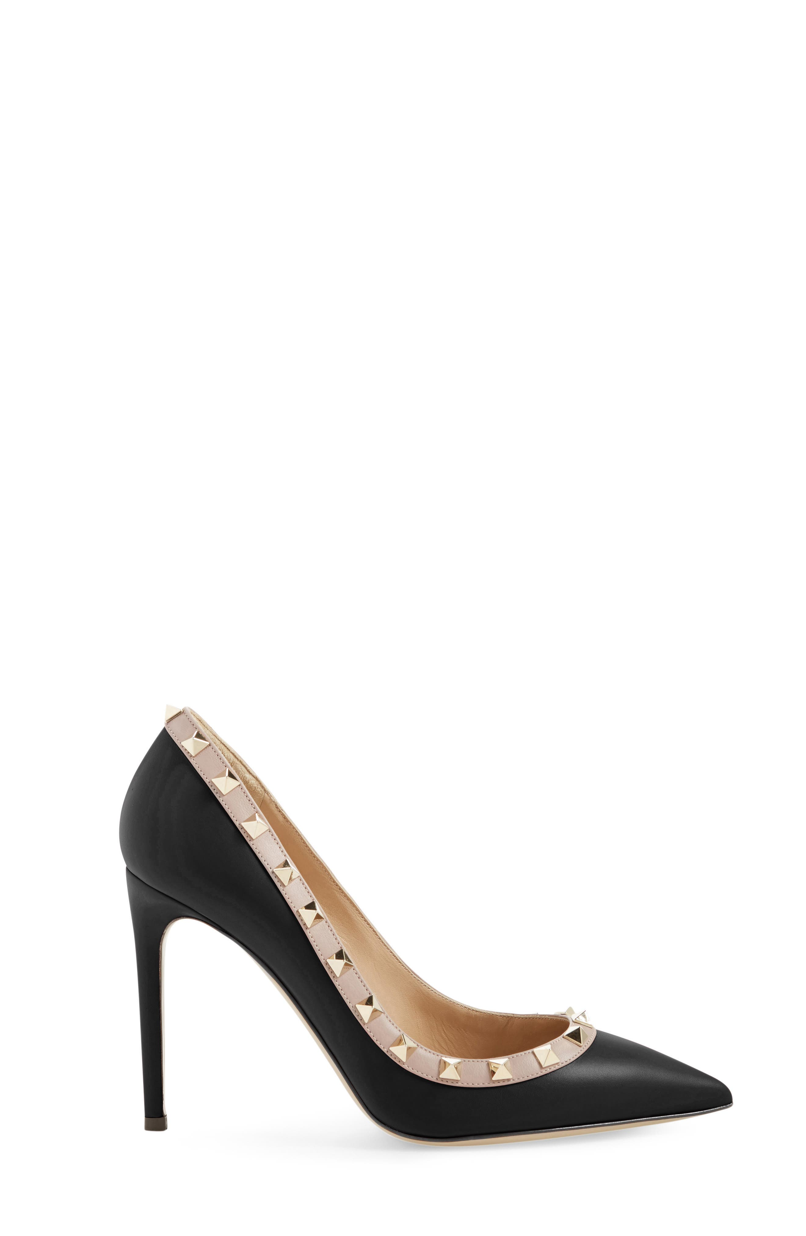 VALENTINO GARAVANI, Rockstud Pointy Toe Pump, Alternate thumbnail 4, color, BLACK/ NUDE LEATHER