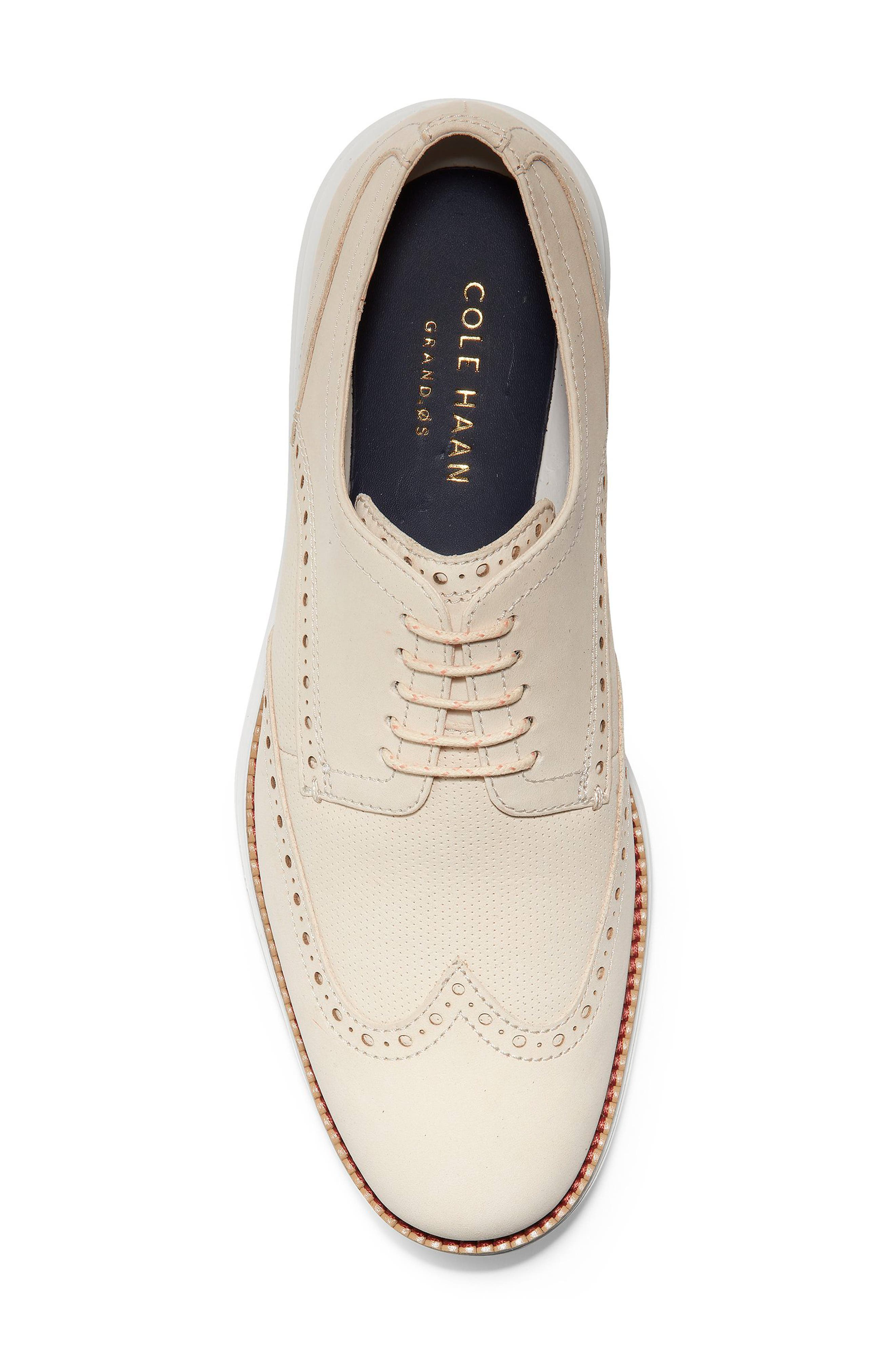 COLE HAAN, Original Grand Wingtip, Alternate thumbnail 5, color, SAND/ OPTIC WHITE NUBUCK