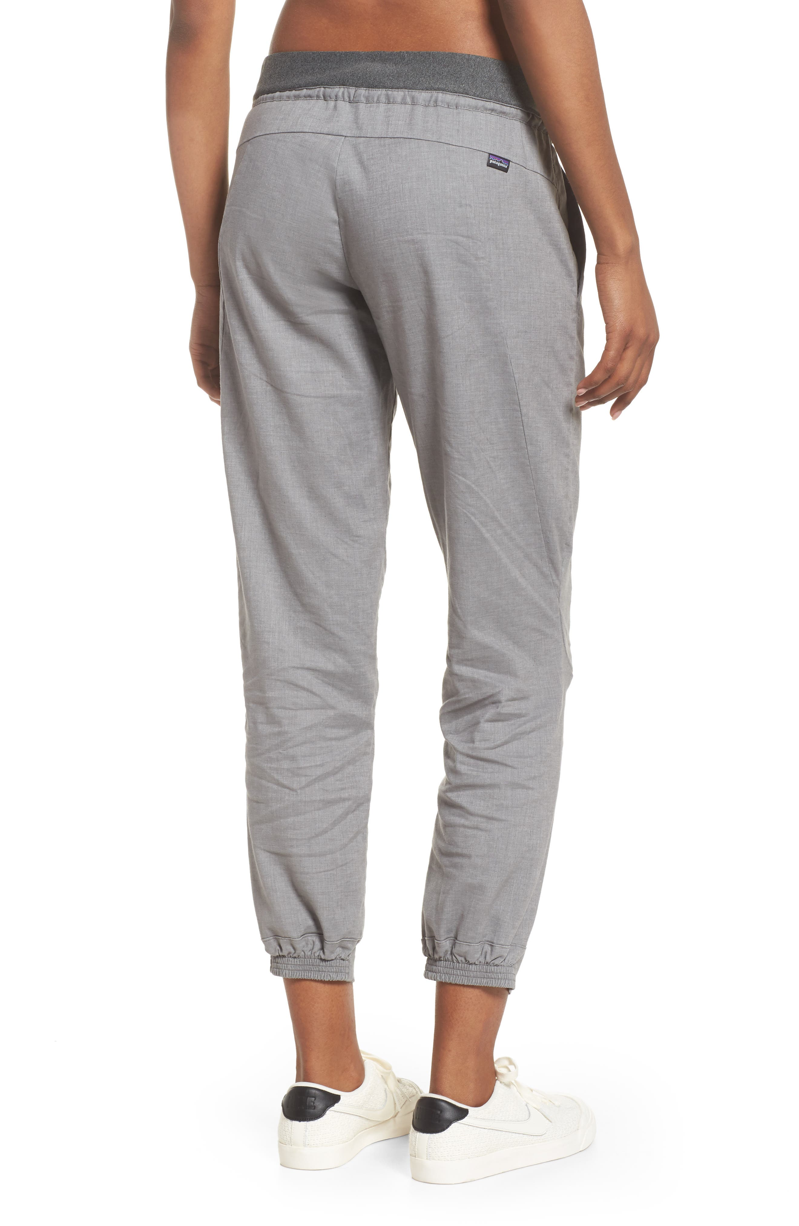 PATAGONIA, Women's Hampi Rock Pants, Alternate thumbnail 2, color, FEATHER GREY