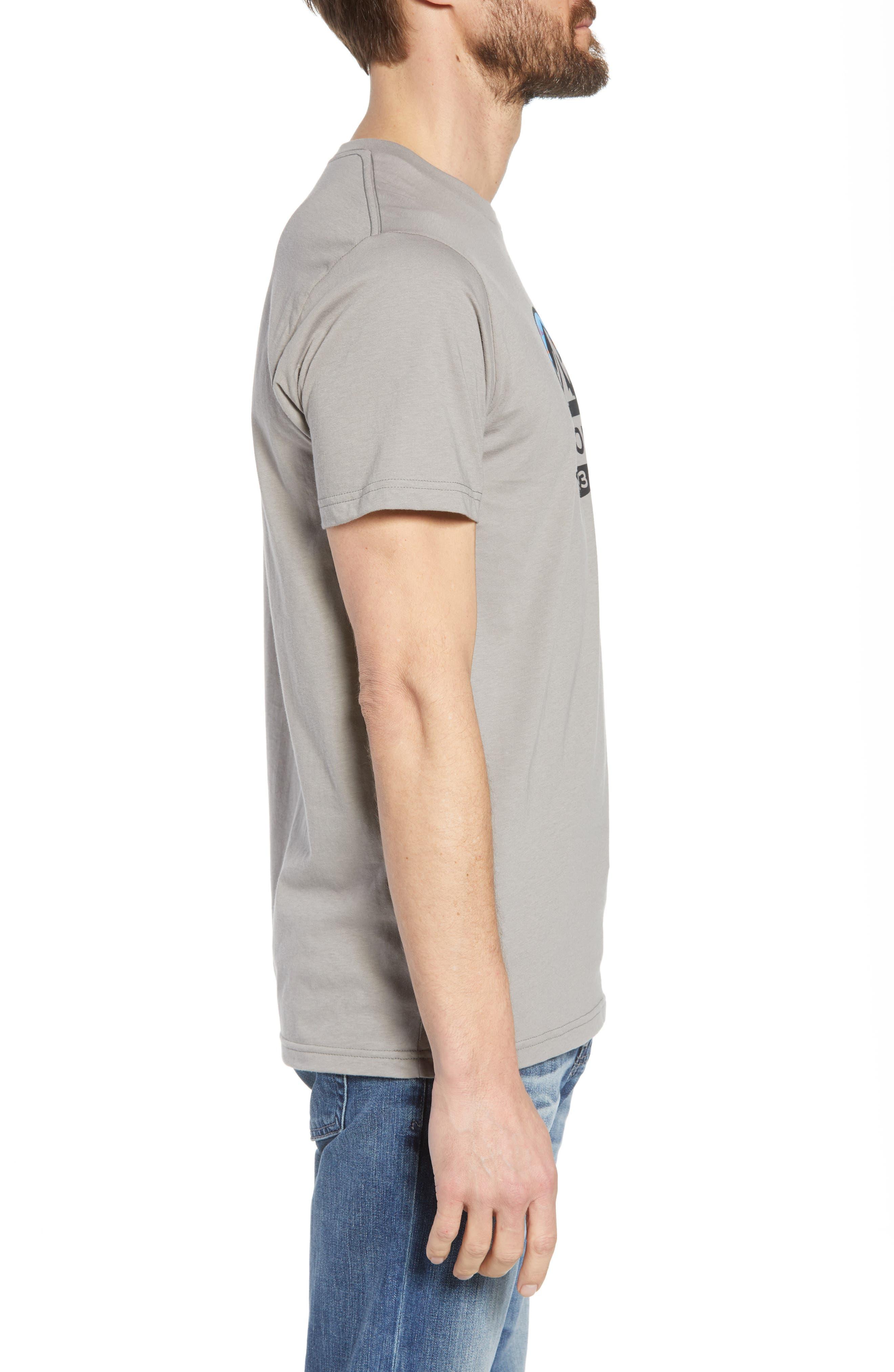 PATAGONIA, Fitz Roy Scope Crewneck T-Shirt, Alternate thumbnail 3, color, FEATHER GREY