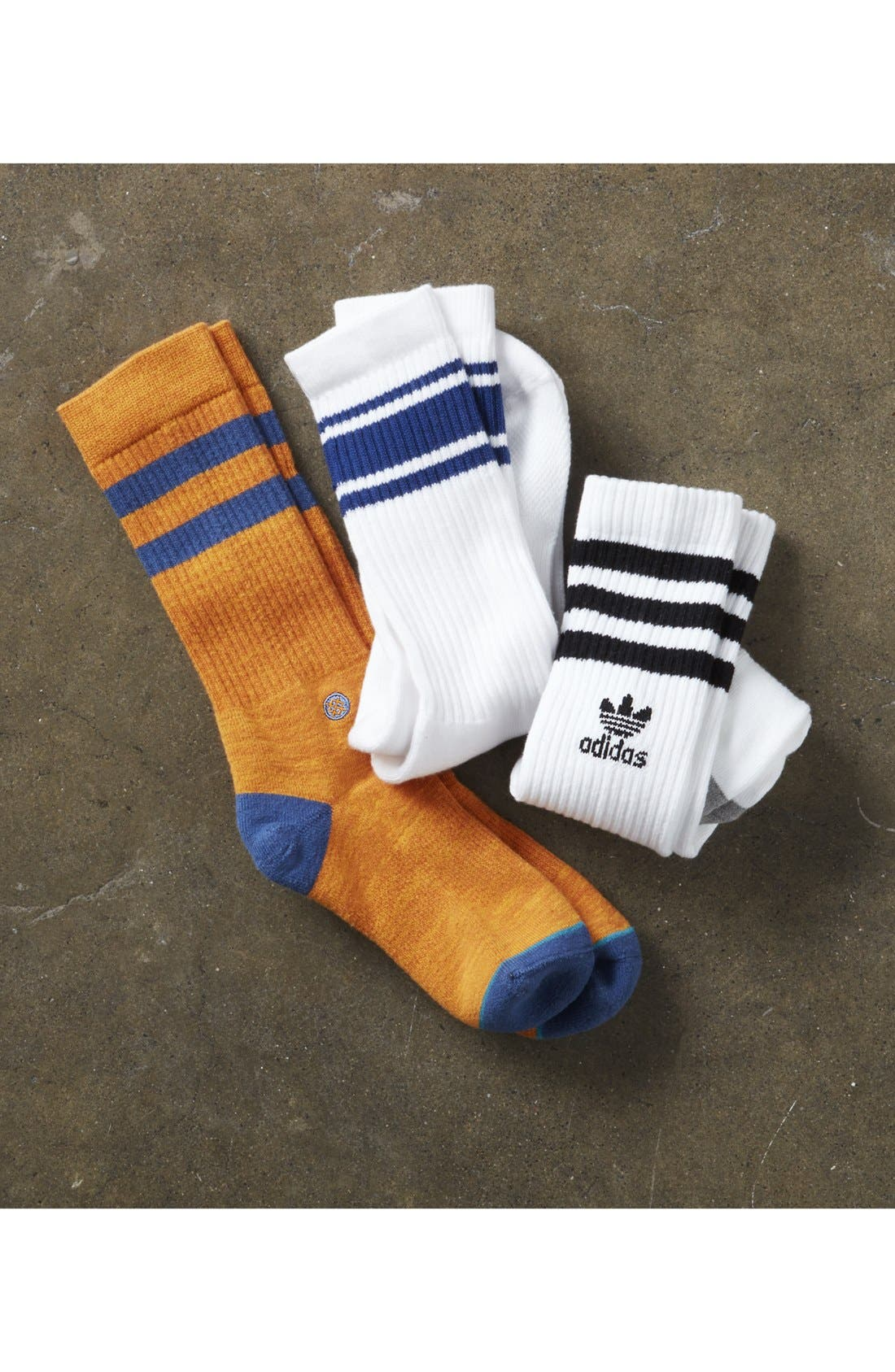 ADIDAS ORIGINALS, 3-Pack Original Roller Crew Socks, Alternate thumbnail 3, color, BLACK/ WHITE