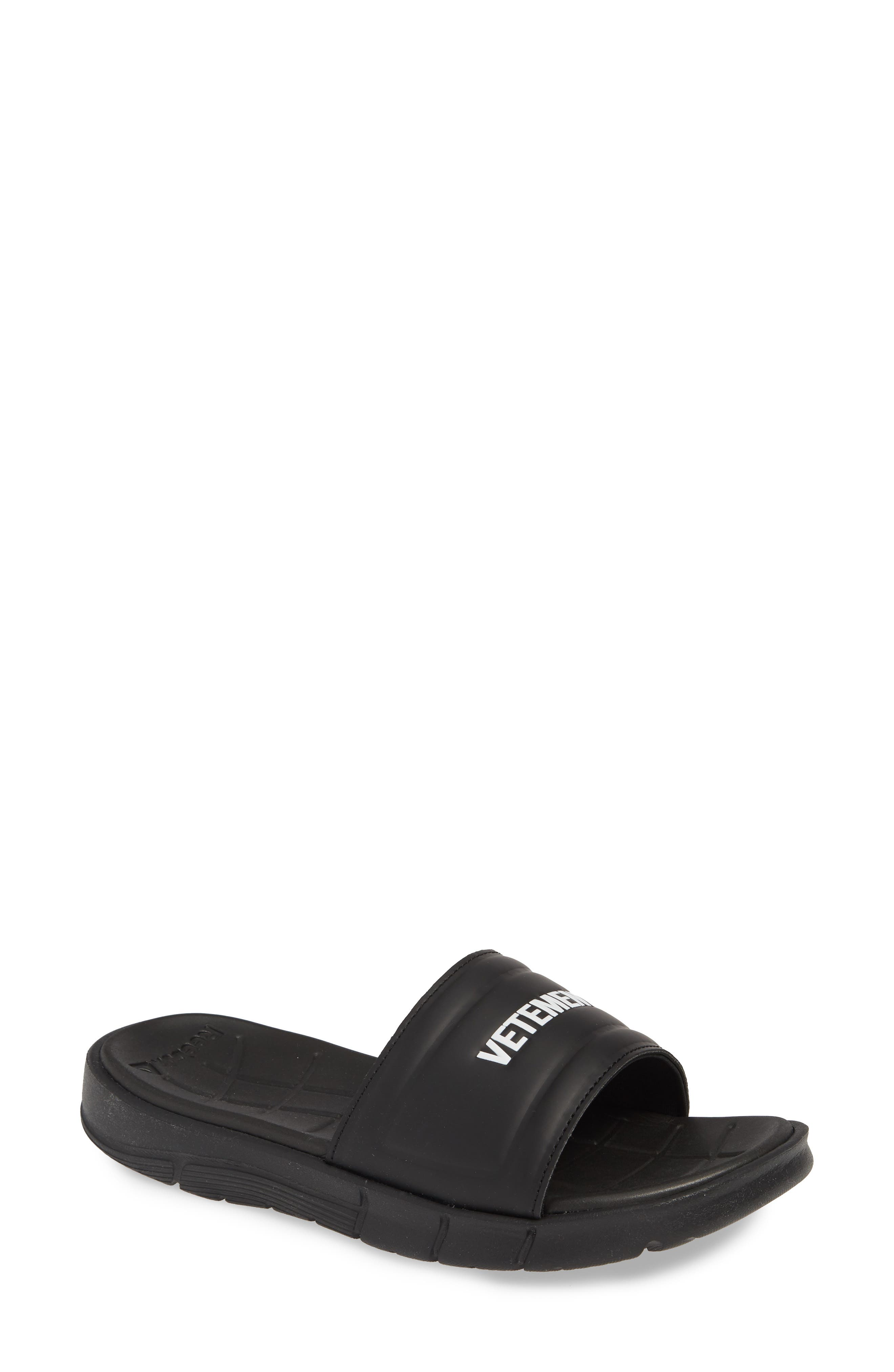VETEMENTS, x Reebok Logo Slide Sandal, Main thumbnail 1, color, BLACK/ WHITE