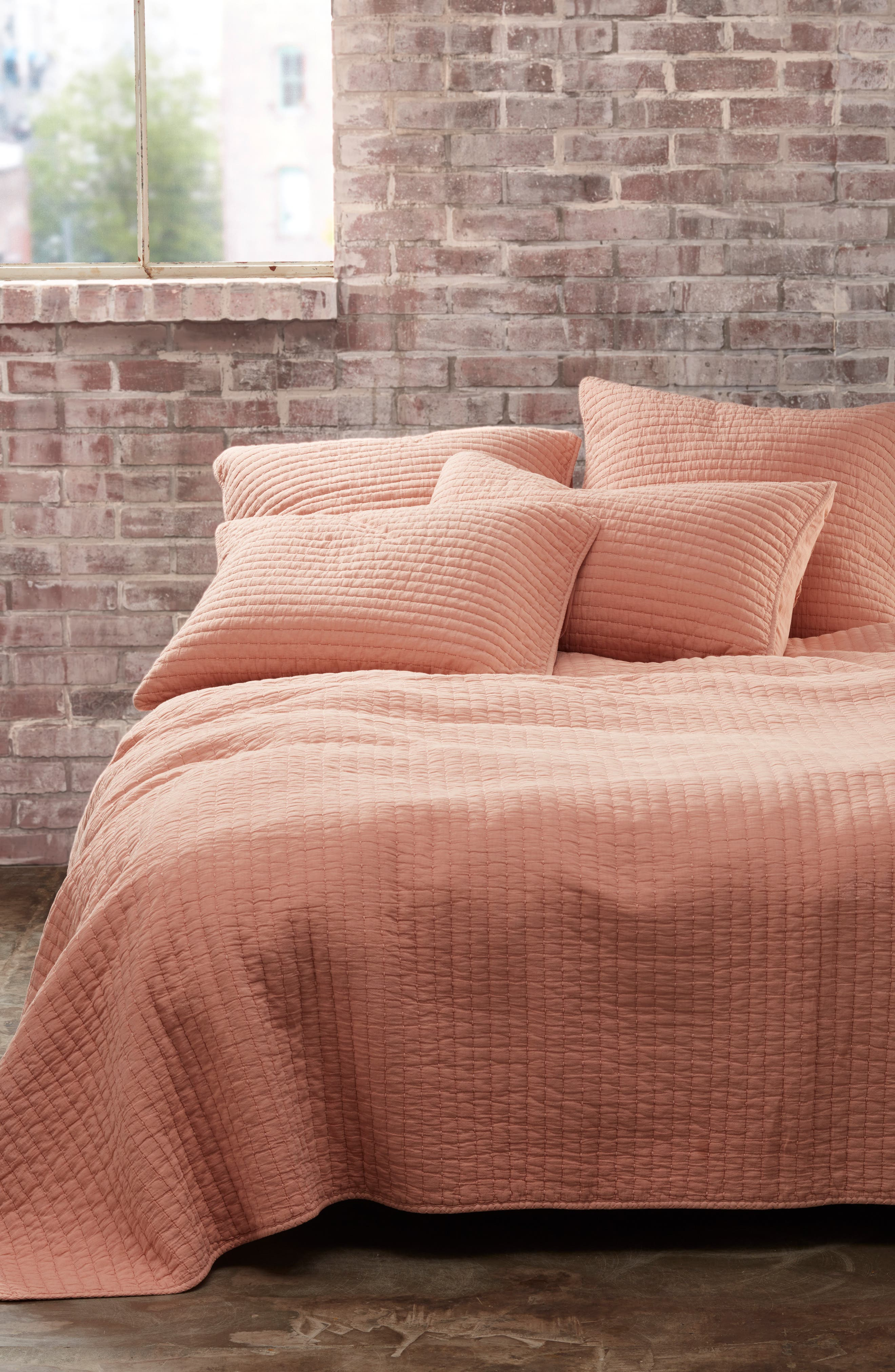 TREASURE & BOND Channel Stitched Quilt, Main, color, PINK SALMON