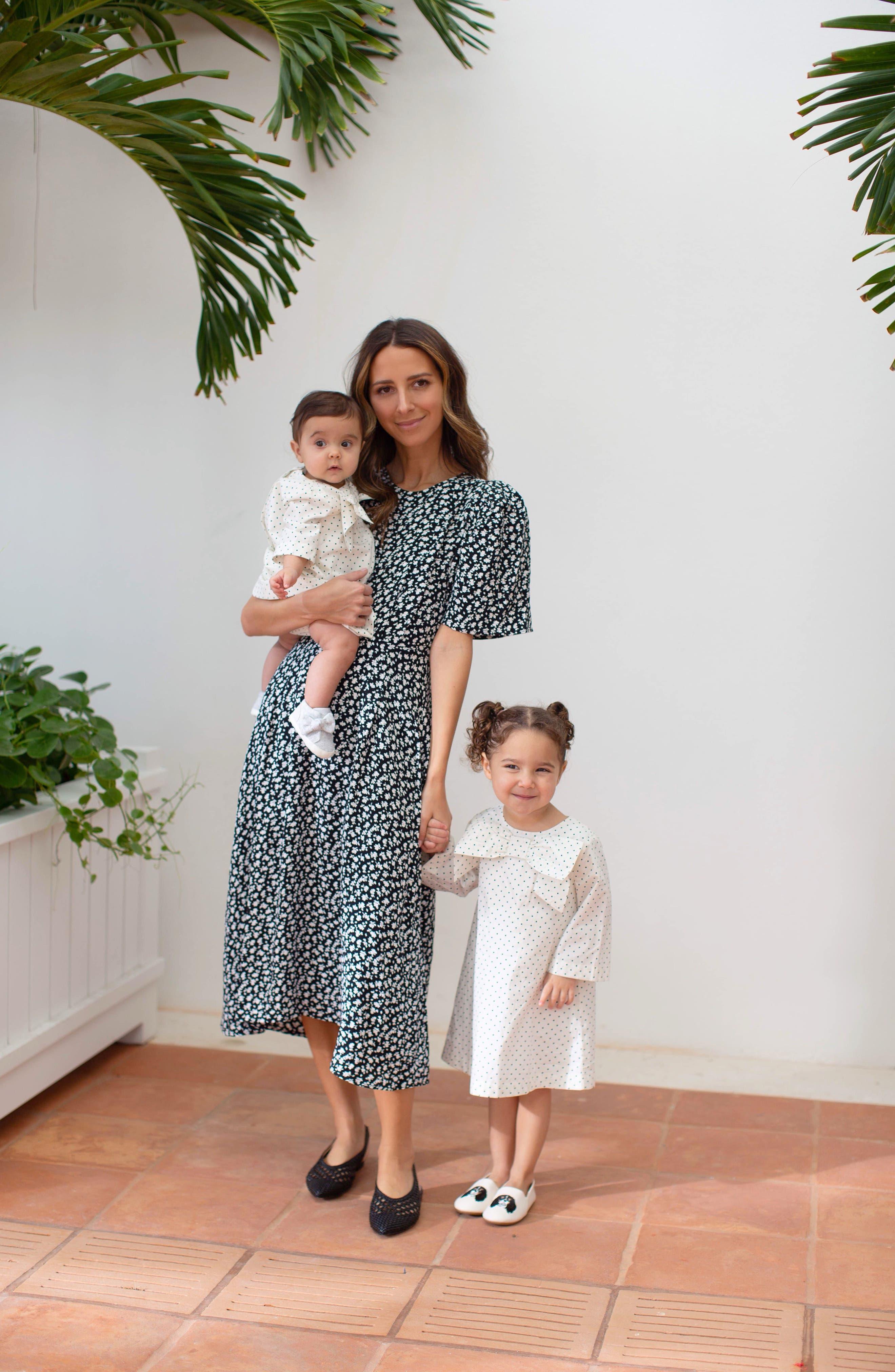 SOMETHING NAVY, Strong Shoulder Floral Print Midi Dress, Alternate thumbnail 2, color, SN BLACK VINTAGE FLORAL