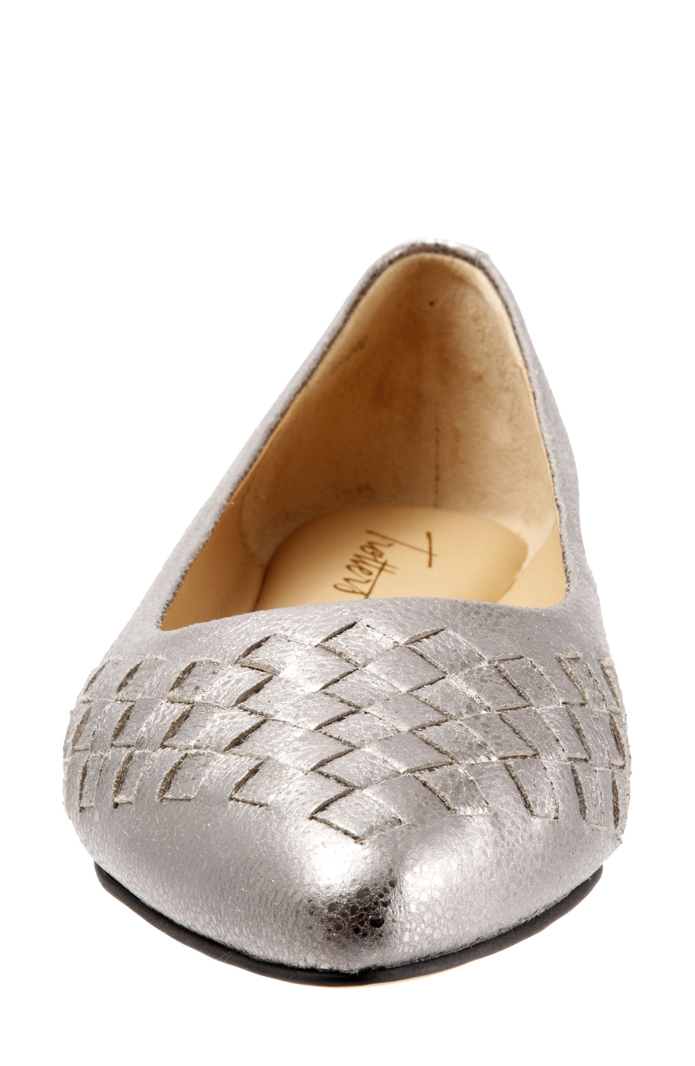 TROTTERS, Estee Pointed Toe Flat, Alternate thumbnail 4, color, SILVER LEATHER