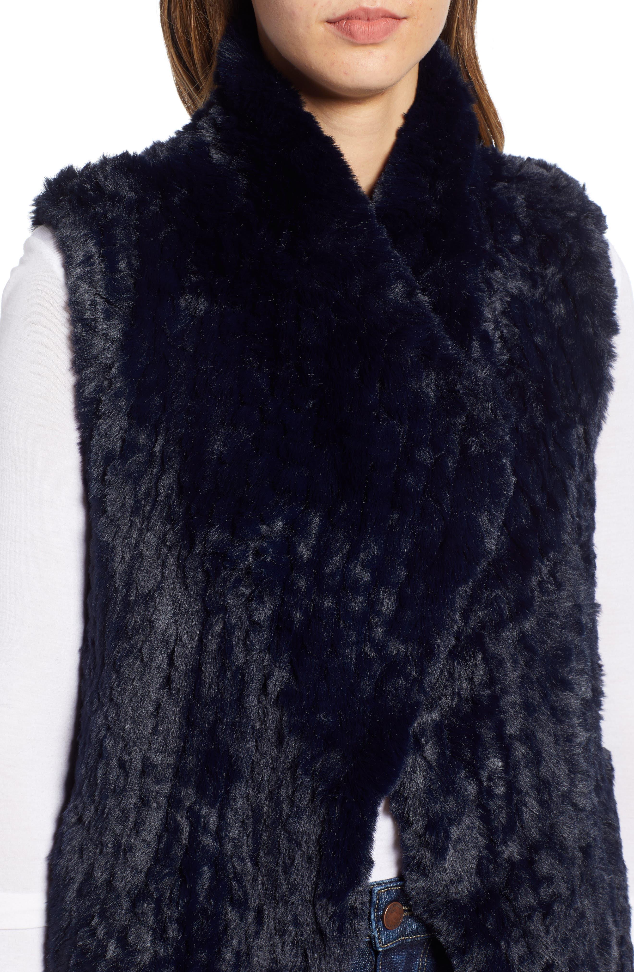LOVE TOKEN, Faux Fur Vest, Alternate thumbnail 5, color, NAVY