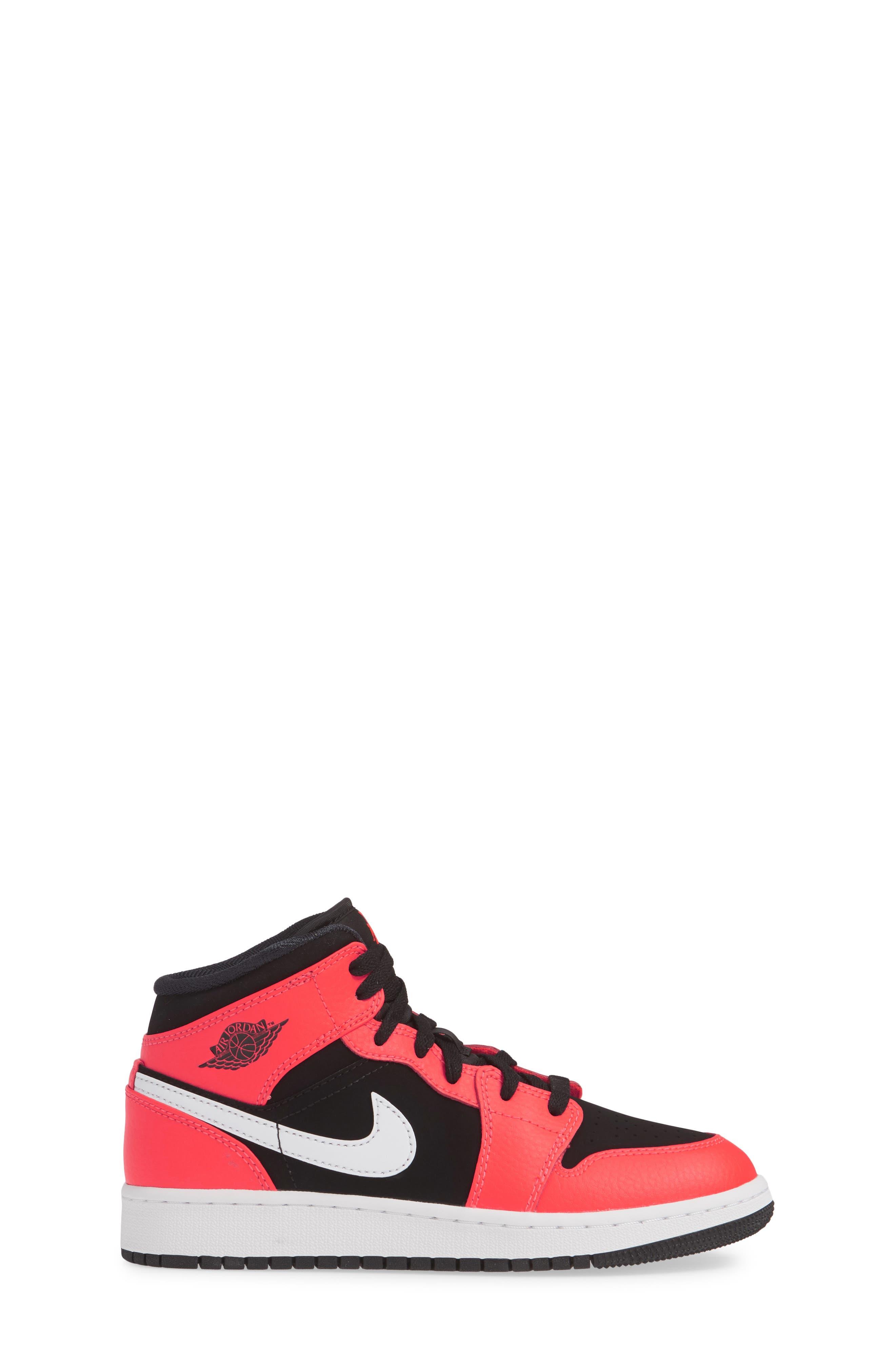 JORDAN, Nike 'Air Jordan 1 Mid' Sneaker, Alternate thumbnail 3, color, BLACK/ INFRARED 23-WHITE