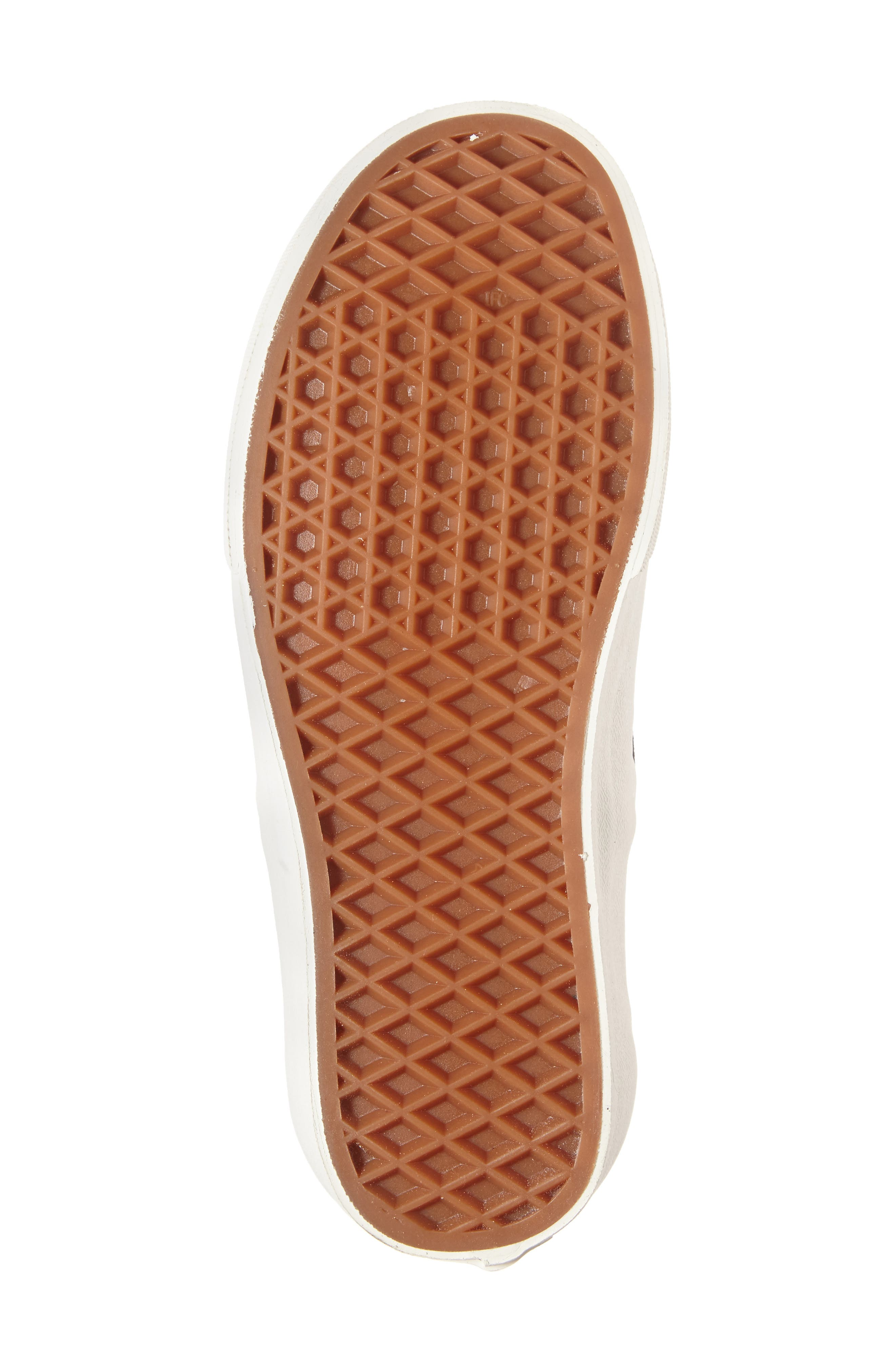 VANS, Classic Slip-On Sneaker, Alternate thumbnail 6, color, 011