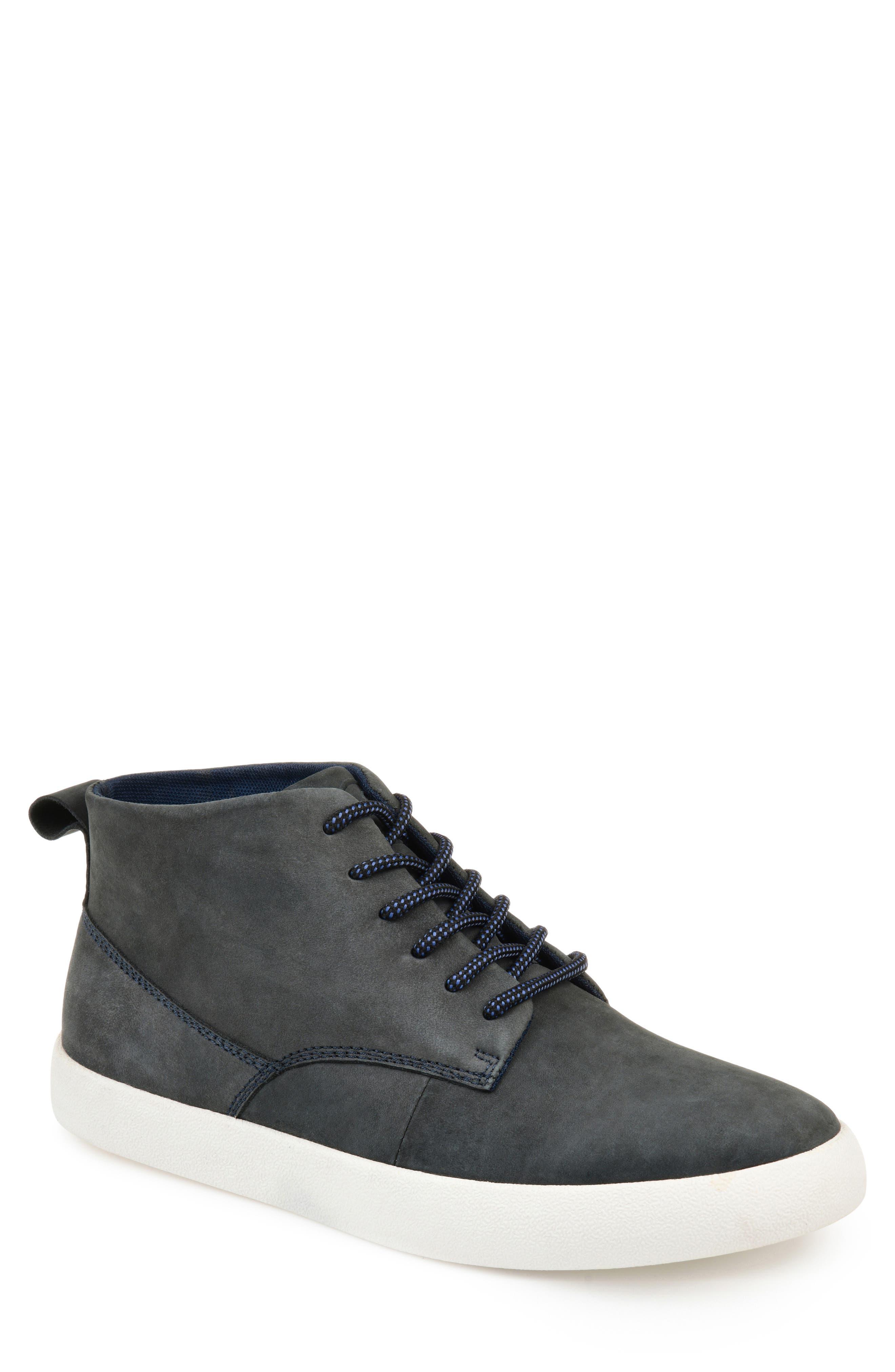 Thomas And Vine Damon Chukka Sneaker- Grey