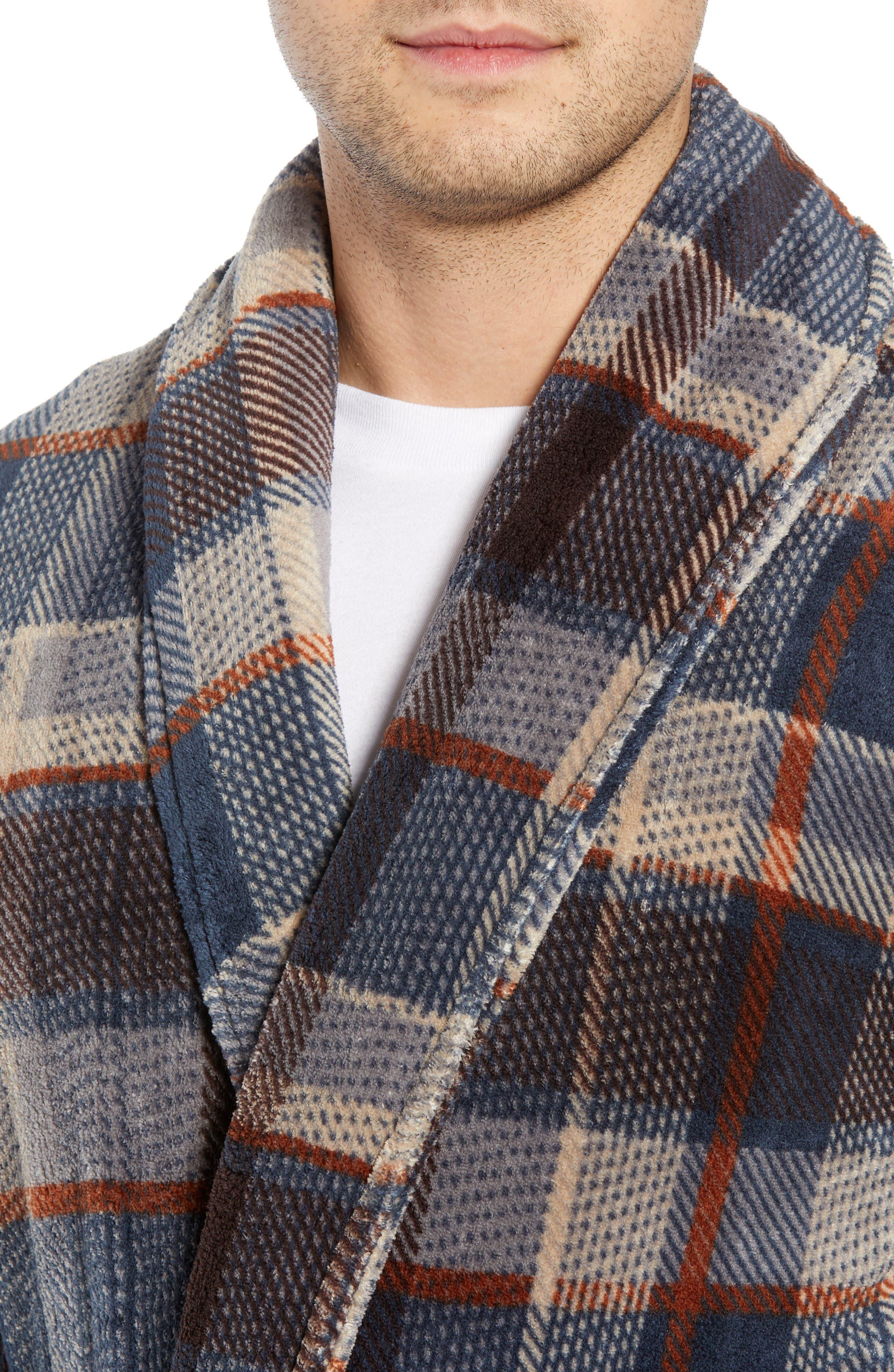 MAJESTIC INTERNATIONAL, Mountains of Comfort Shawl Fleece Bath Robe, Alternate thumbnail 4, color, COFFEE