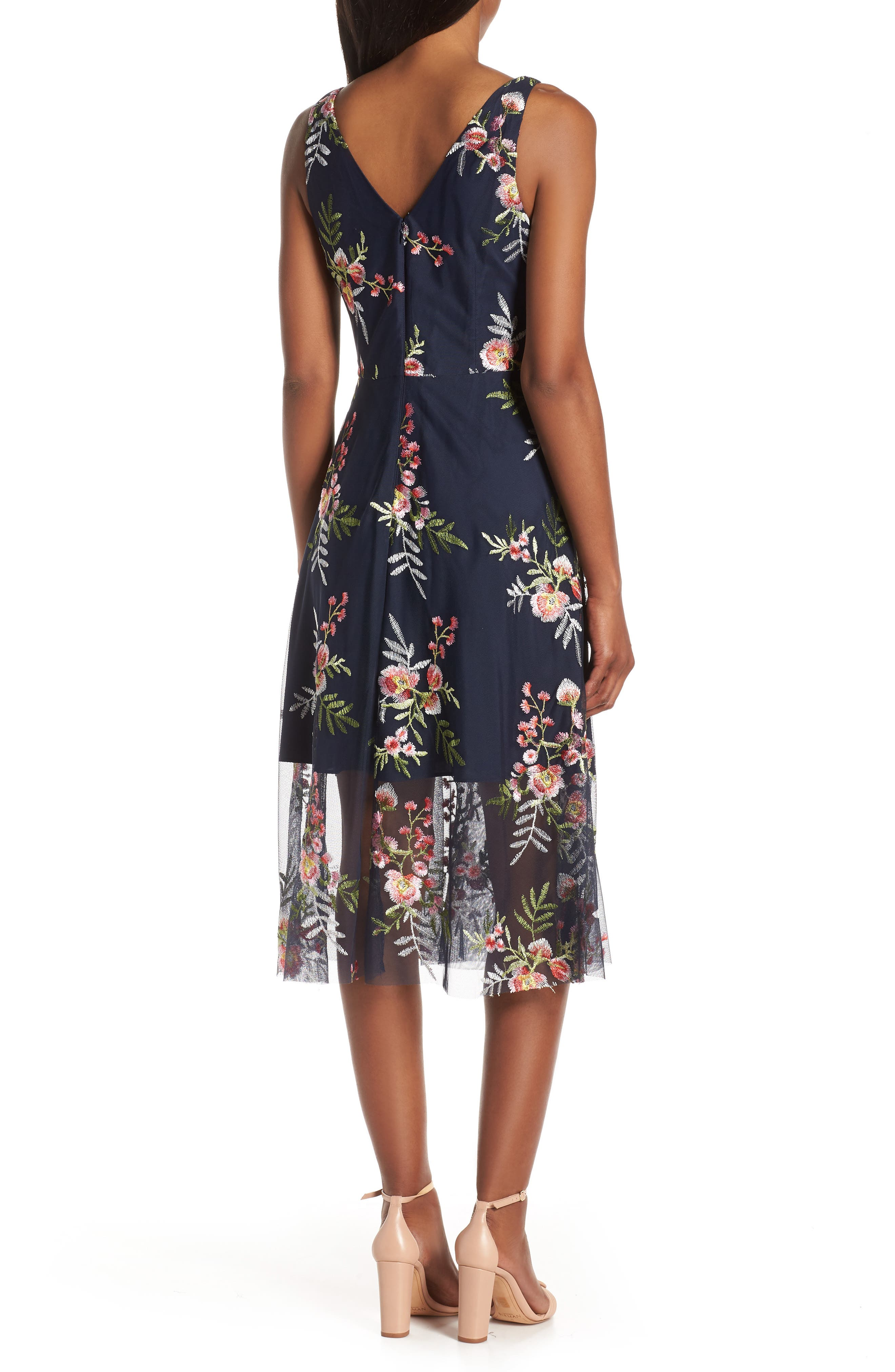 VINCE CAMUTO, Floral Embroidered Mesh Midi Dress, Alternate thumbnail 4, color, NAVY/ MULTI
