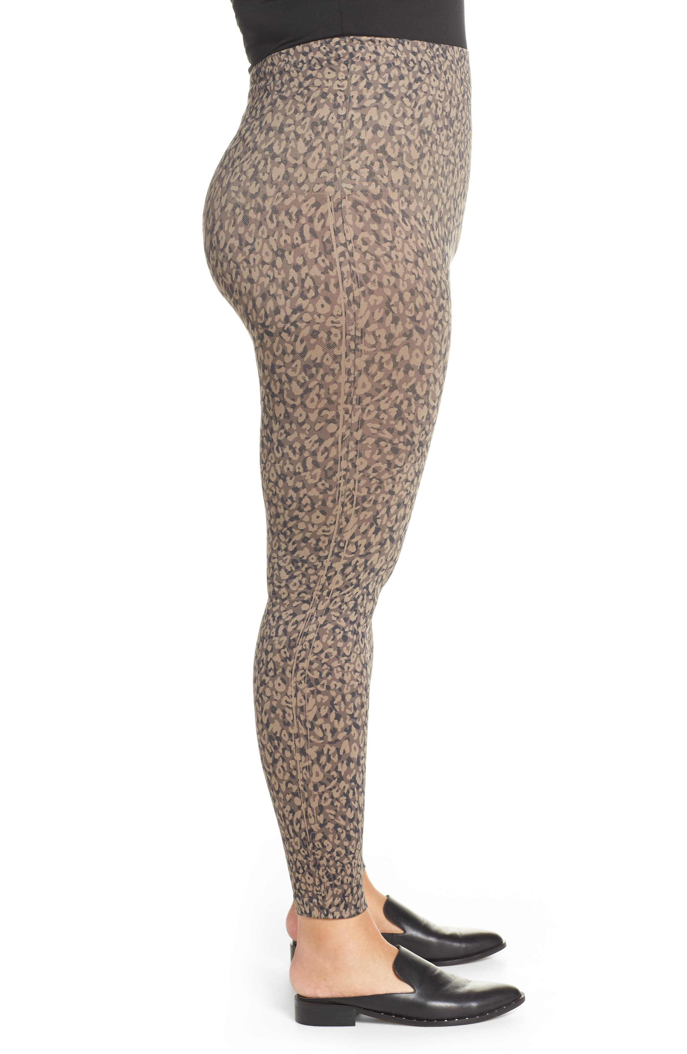 SPANX<SUP>®</SUP>, Look At Me Now Seamless Leggings, Alternate thumbnail 4, color, MINI LEOPARD