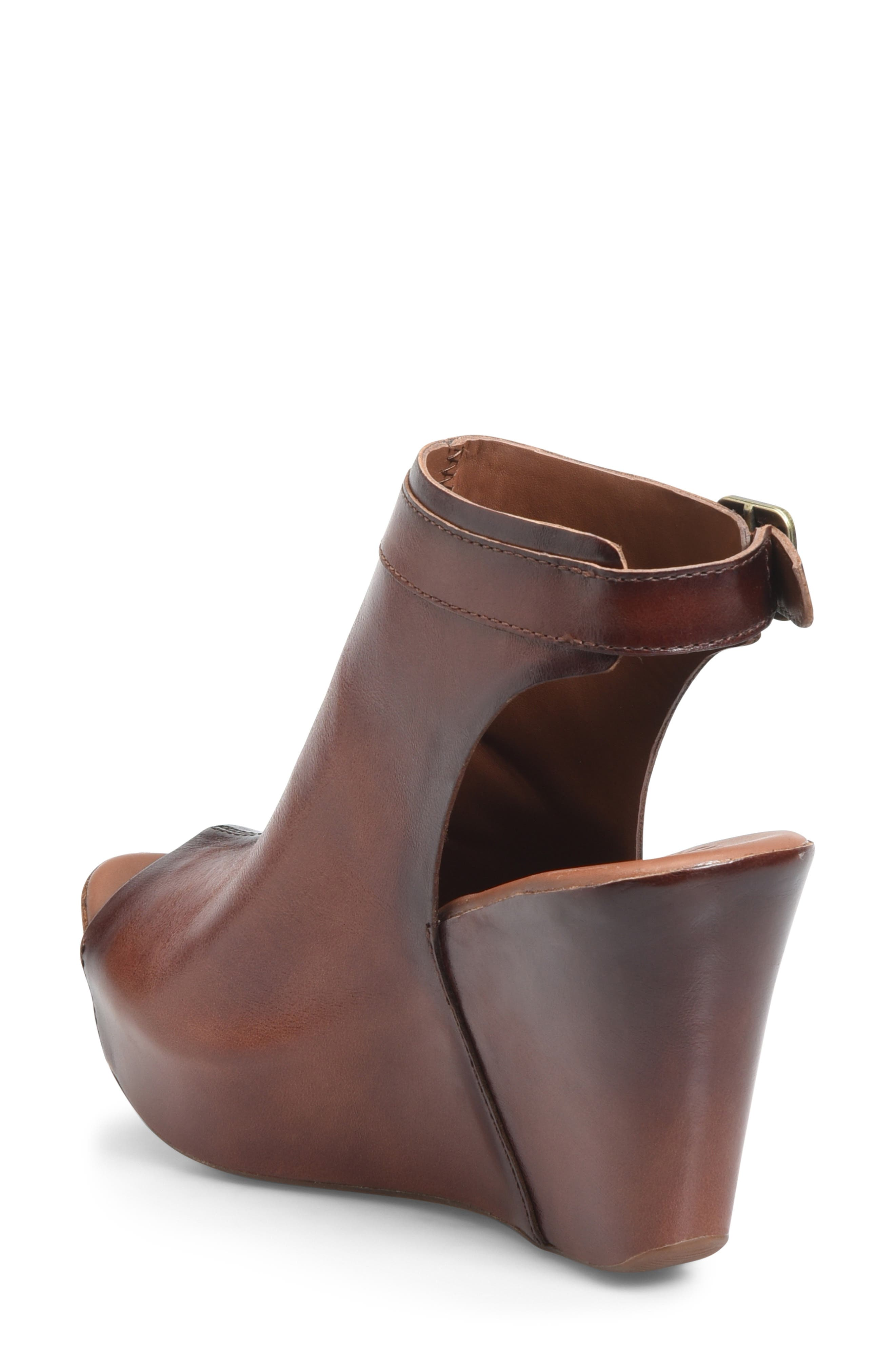 KORK-EASE<SUP>®</SUP>, 'Berit' Wedge Sandal, Alternate thumbnail 2, color, BROWN LEATHER