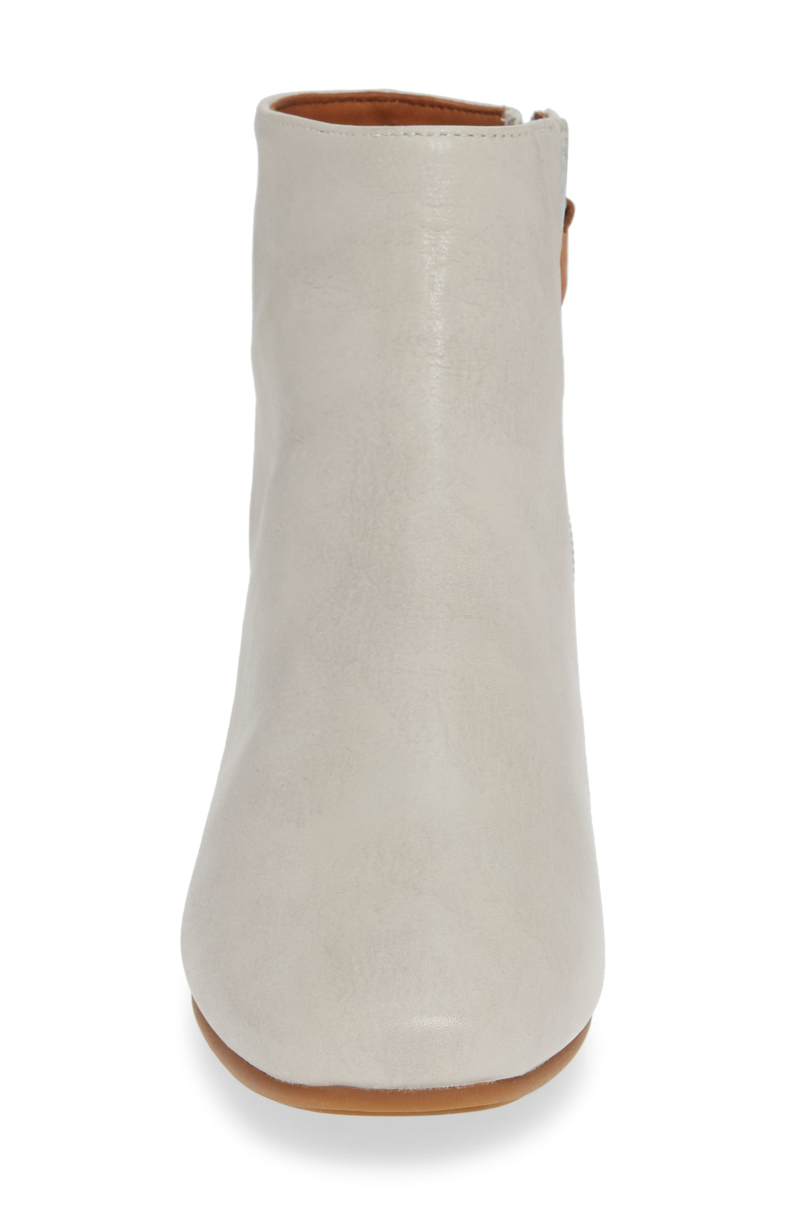 GENTLE SOULS BY KENNETH COLE, Ella Bootie, Alternate thumbnail 4, color, LIGHT GREY LEATHER