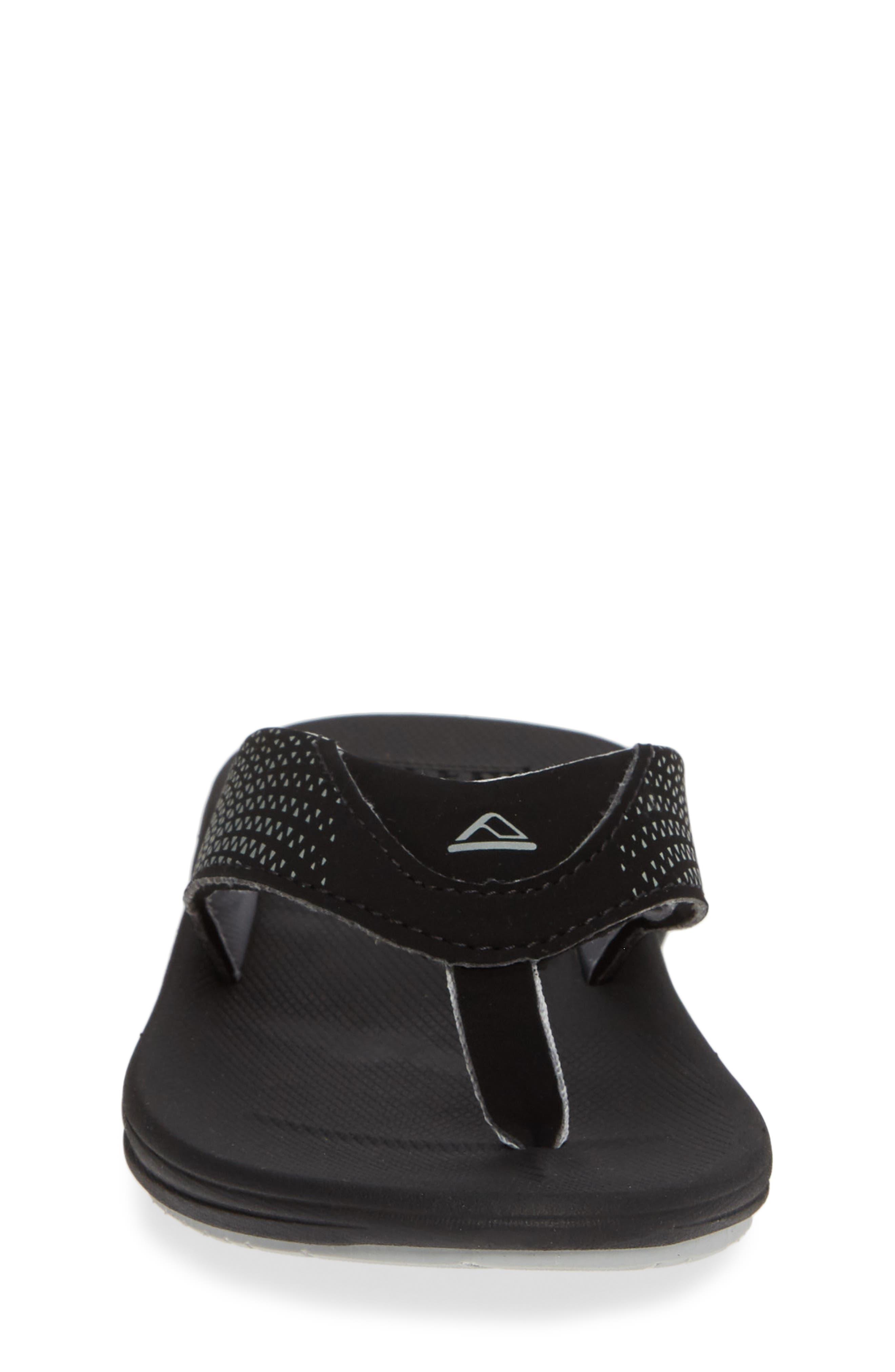 REEF, Grom Rover Water Friendly Sandal, Alternate thumbnail 4, color, BLACK