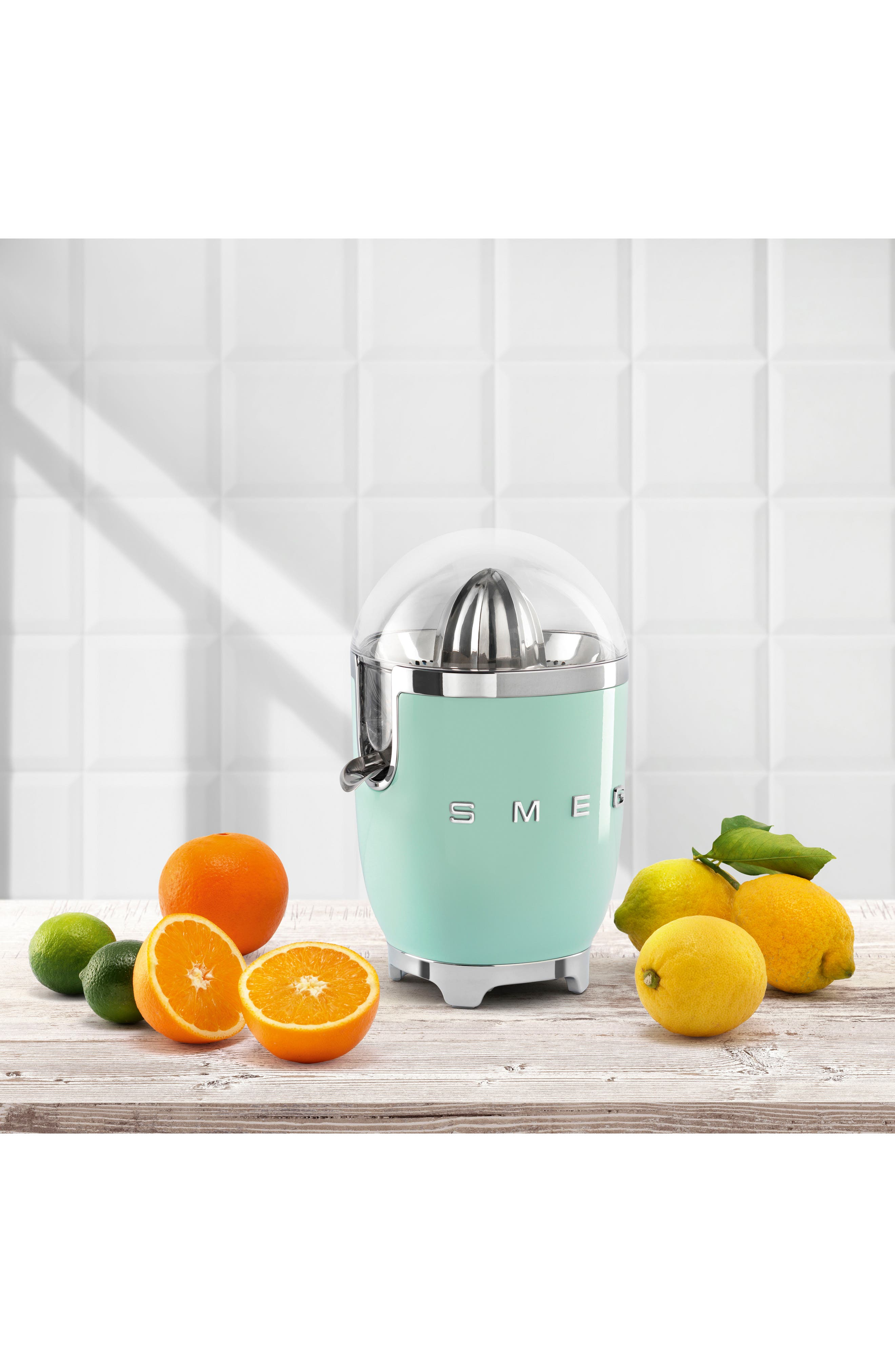 SMEG, 50s Retro Style Citrus Juicer, Alternate thumbnail 4, color, PASTEL GREEN