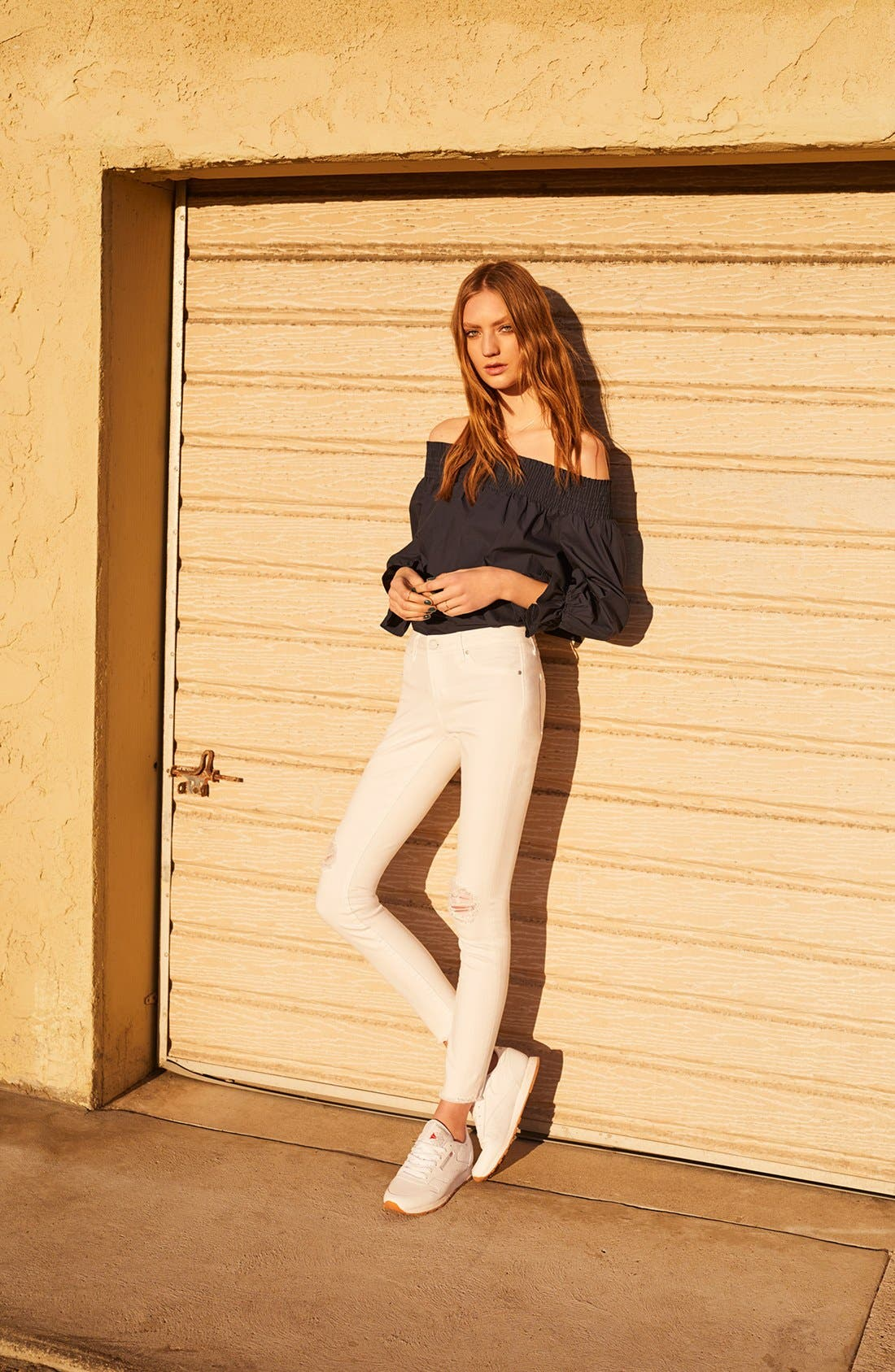 ARTICLES OF SOCIETY, Sarah Distressed Skinny Jeans, Alternate thumbnail 6, color, 100