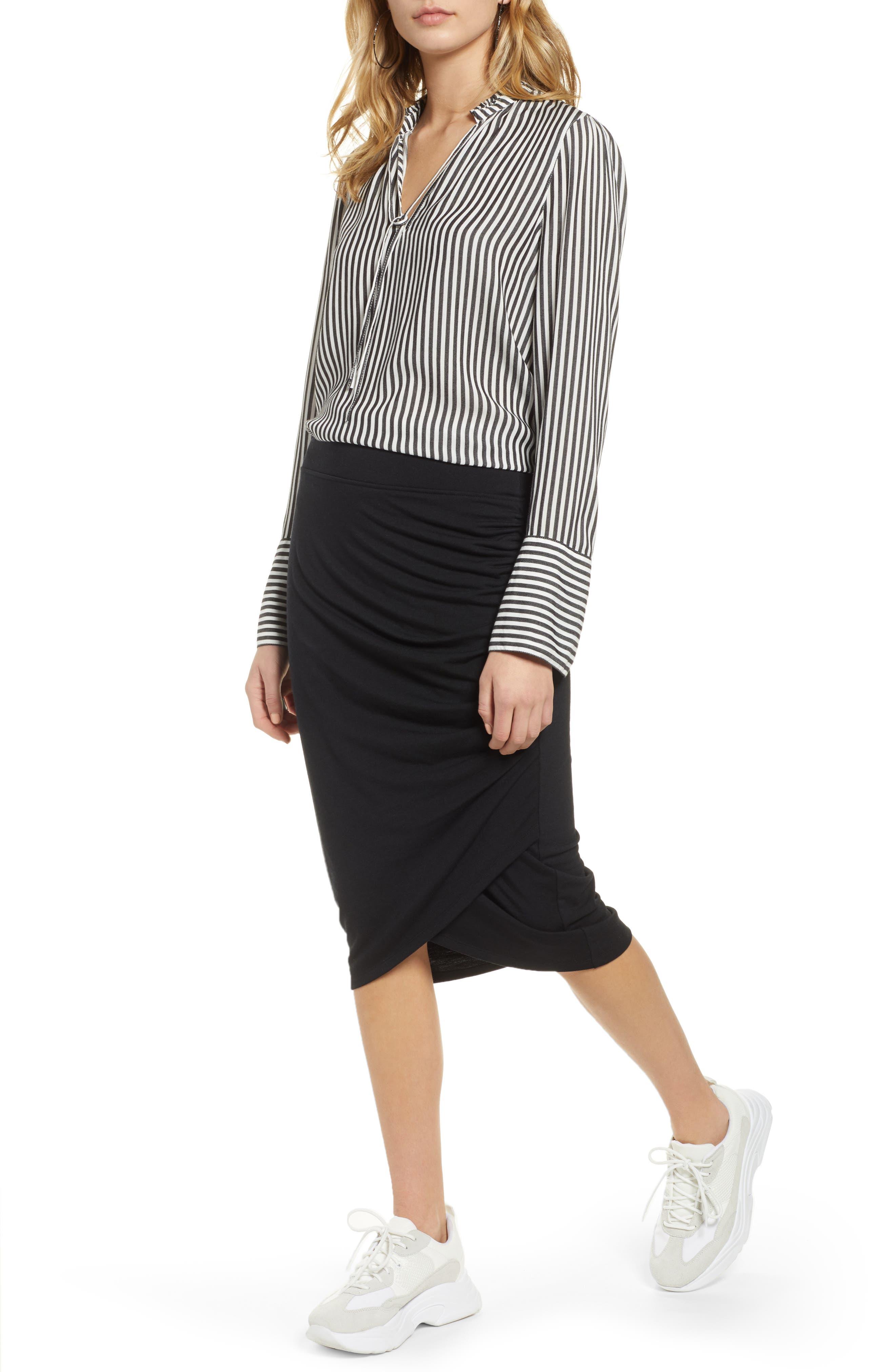 TREASURE & BOND, Shirred Side Midi Skirt, Alternate thumbnail 4, color, BLACK