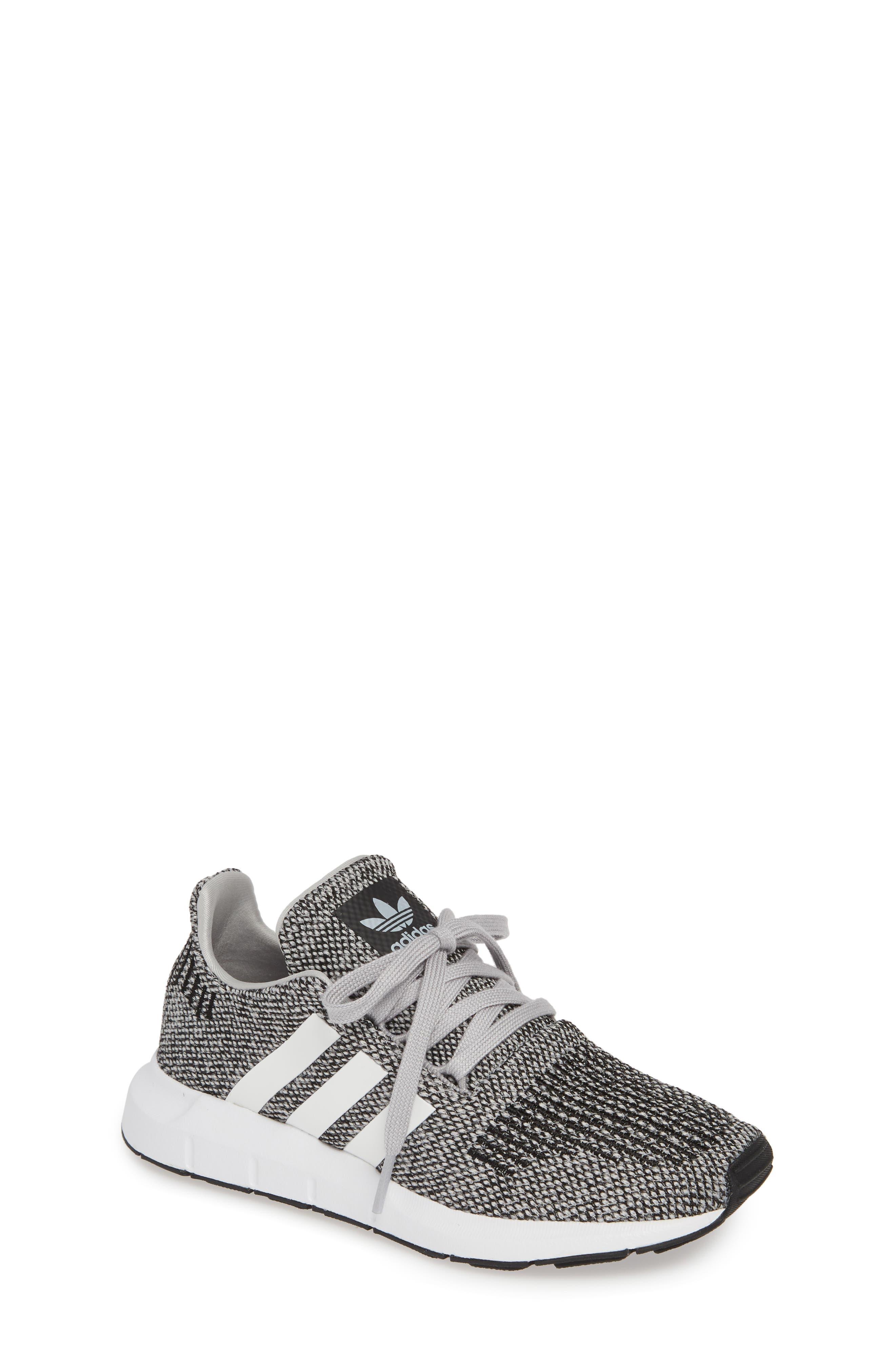 Toddler Adidas Swift Run J Sneaker Size 12 M  Grey