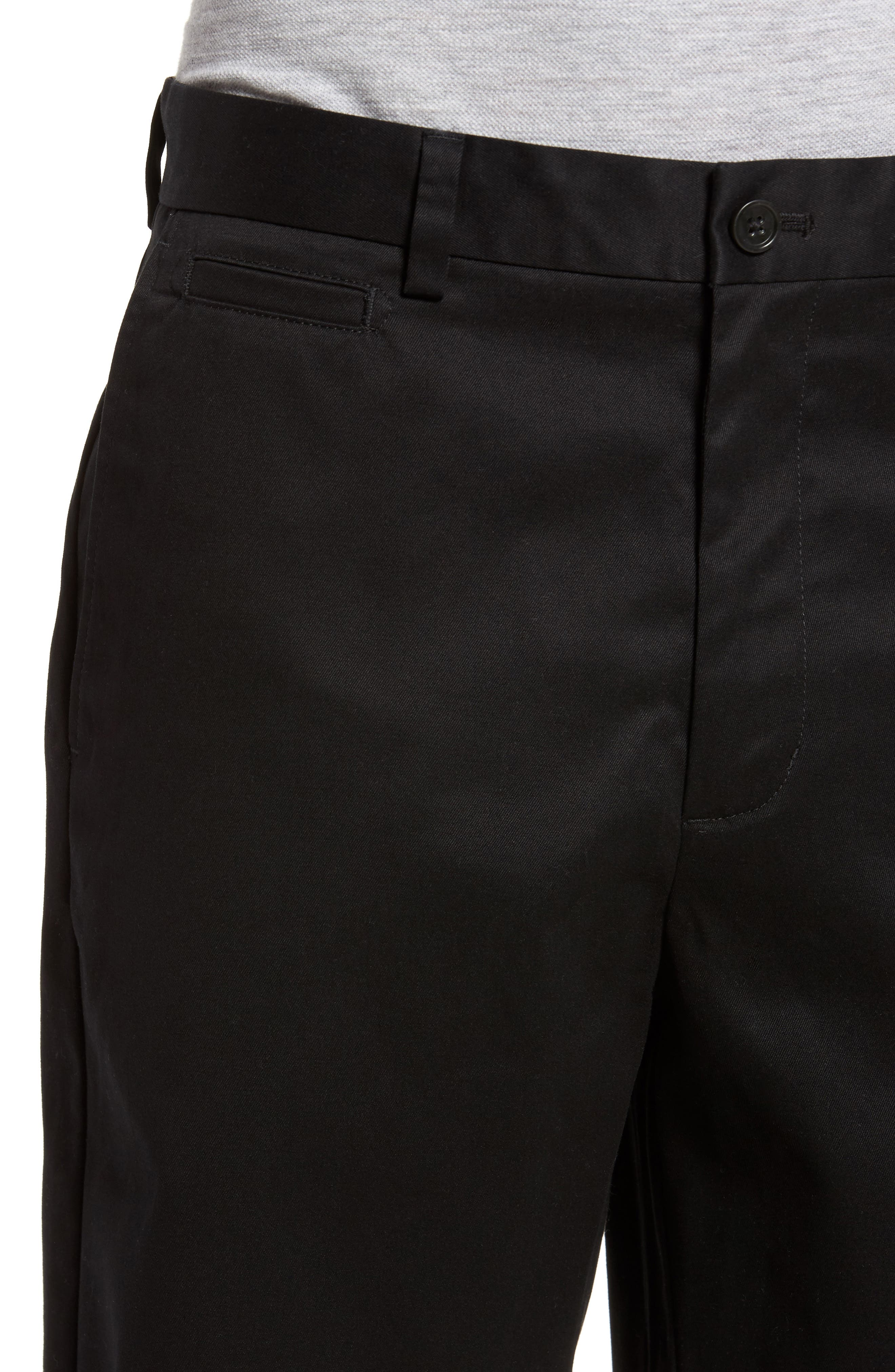 NORDSTROM MEN'S SHOP, Smartcare<sup>™</sup> Flat Front Shorts, Alternate thumbnail 4, color, BLACK