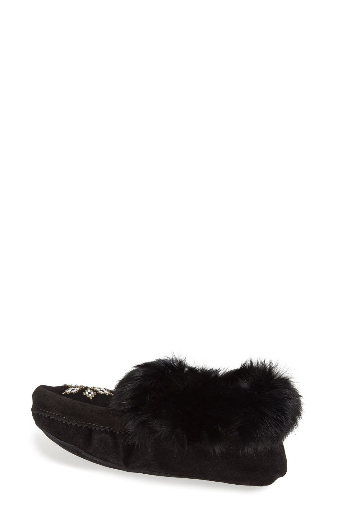 MANITOBAH MUKLUKS, 'Kanada' Genuine Rabbit Fur & Suede Moccasin Slipper, Alternate thumbnail 4, color, 001