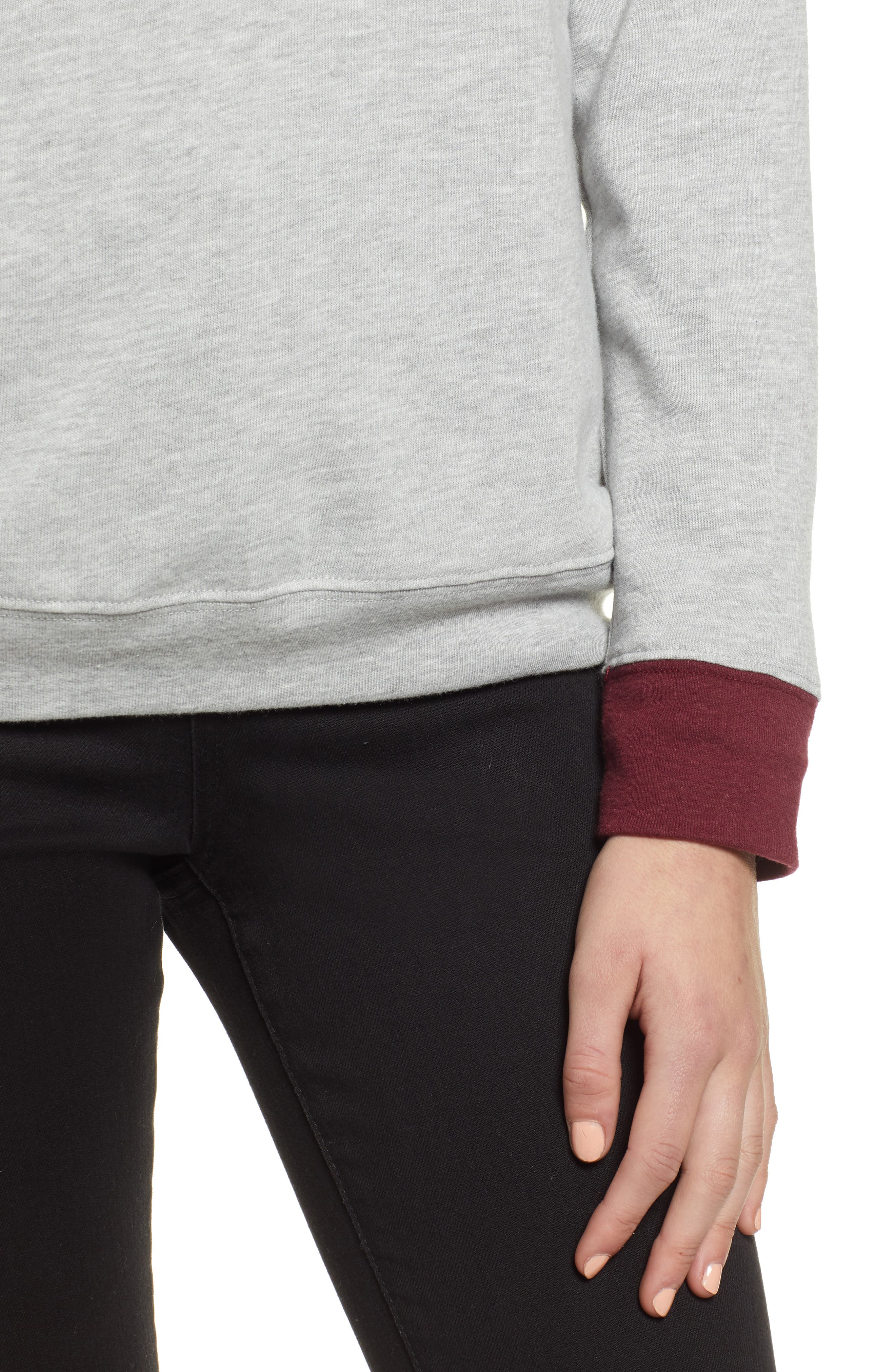 TREASURE & BOND, Crewneck Sweatshirt, Alternate thumbnail 4, color, GREY HEATHER- RED TANNIN COMBO