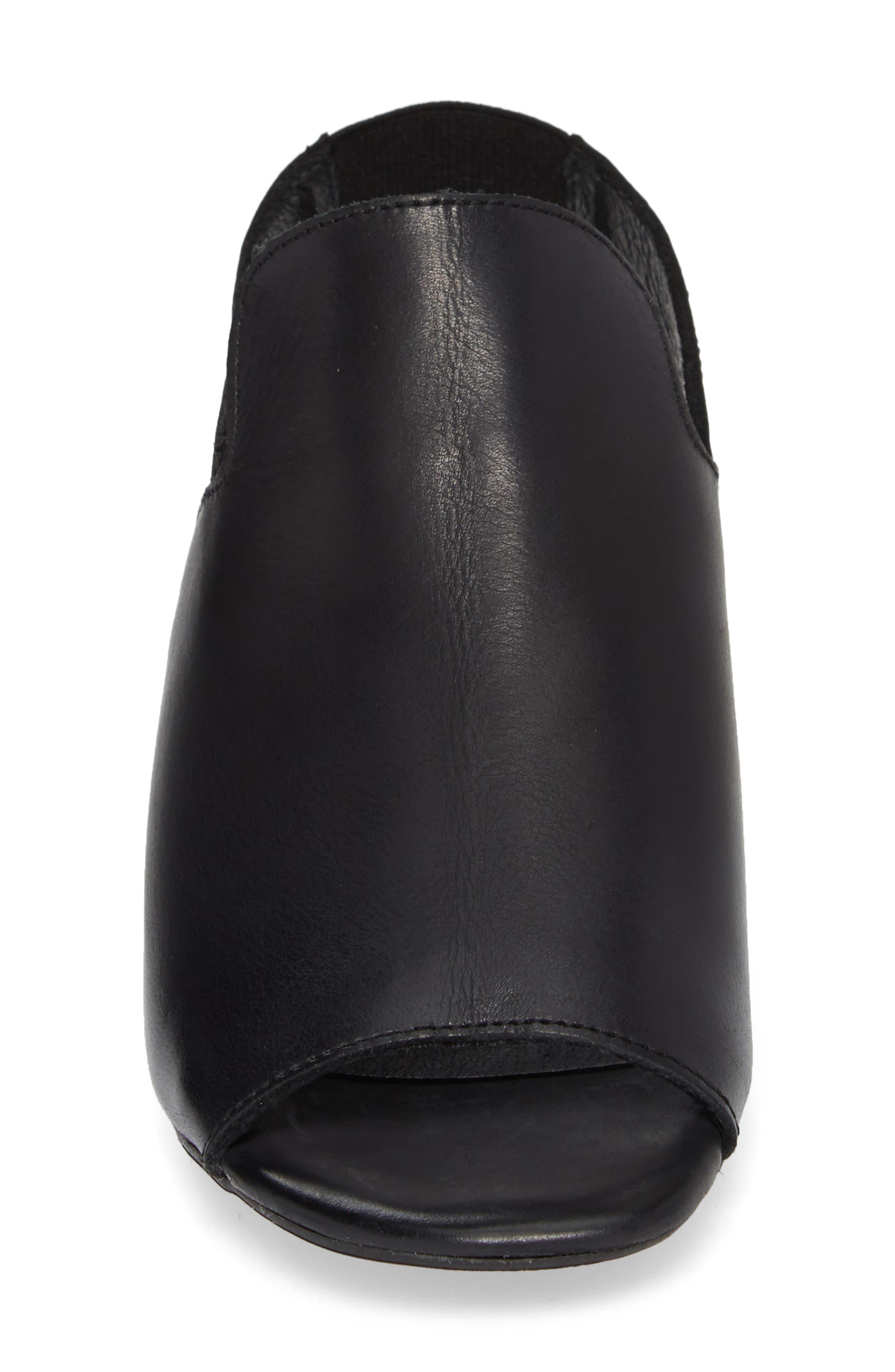 BOS. & CO., Zaire Slingback Sandal, Alternate thumbnail 4, color, BLACK GLAMOUR LEATHER