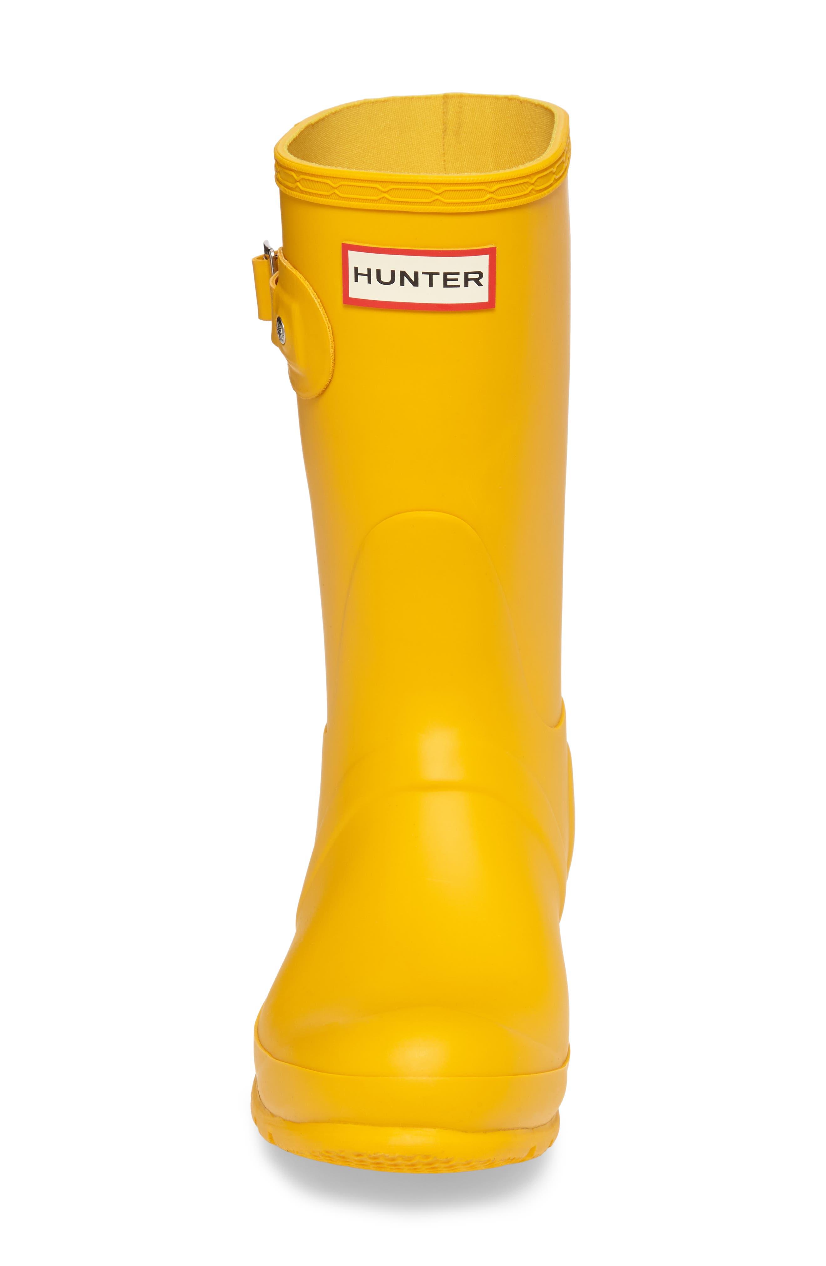 HUNTER, Original Short Waterproof Rain Boot, Alternate thumbnail 4, color, YELLOW/ YELLOW