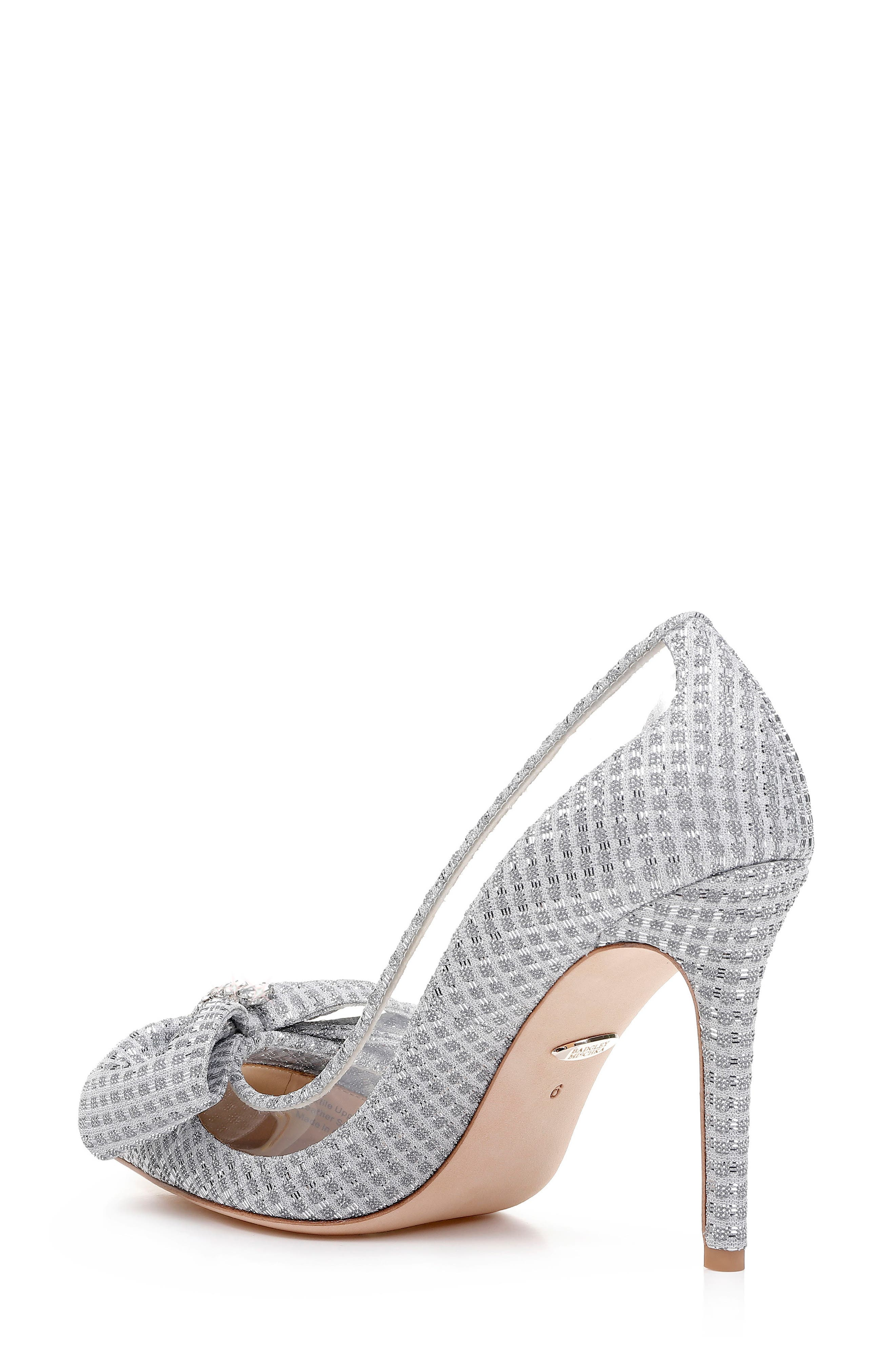 BADGLEY MISCHKA COLLECTION, Badgley Mischka Frances Bow Pump, Alternate thumbnail 2, color, SILVER GLITTER FABRIC