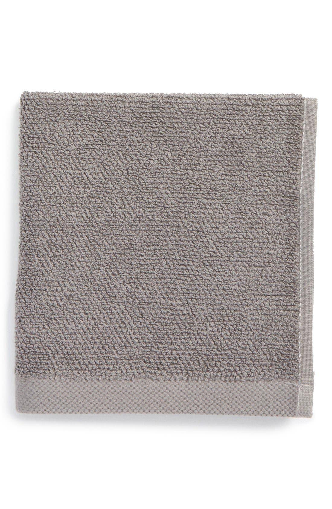 UGG<SUP>®</SUP>, Classic Luxe Wash Towel, Main thumbnail 1, color, GRANITE