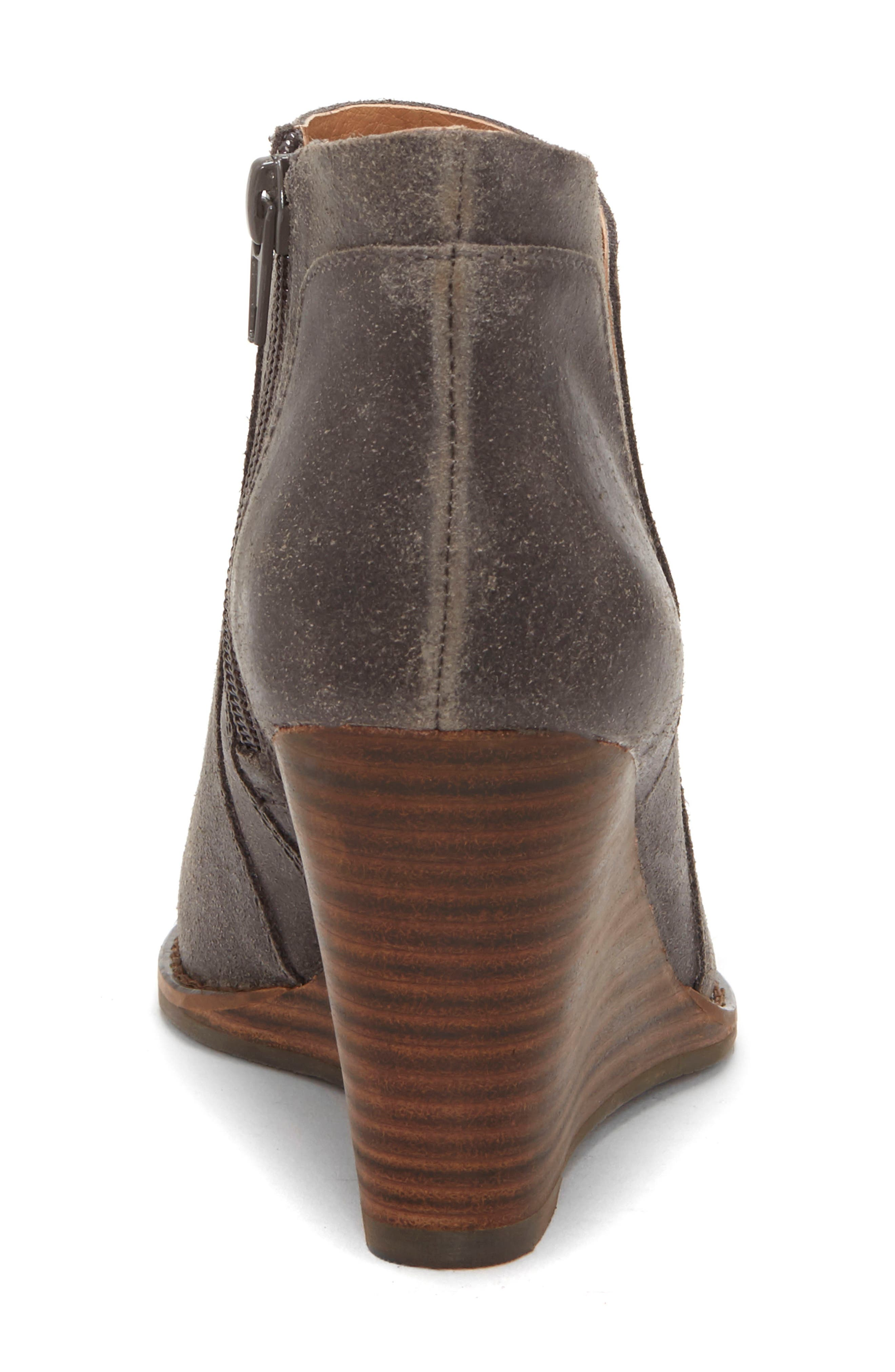 LUCKY BRAND, Yabba Wedge Bootie, Alternate thumbnail 7, color, STORM NUBUCK