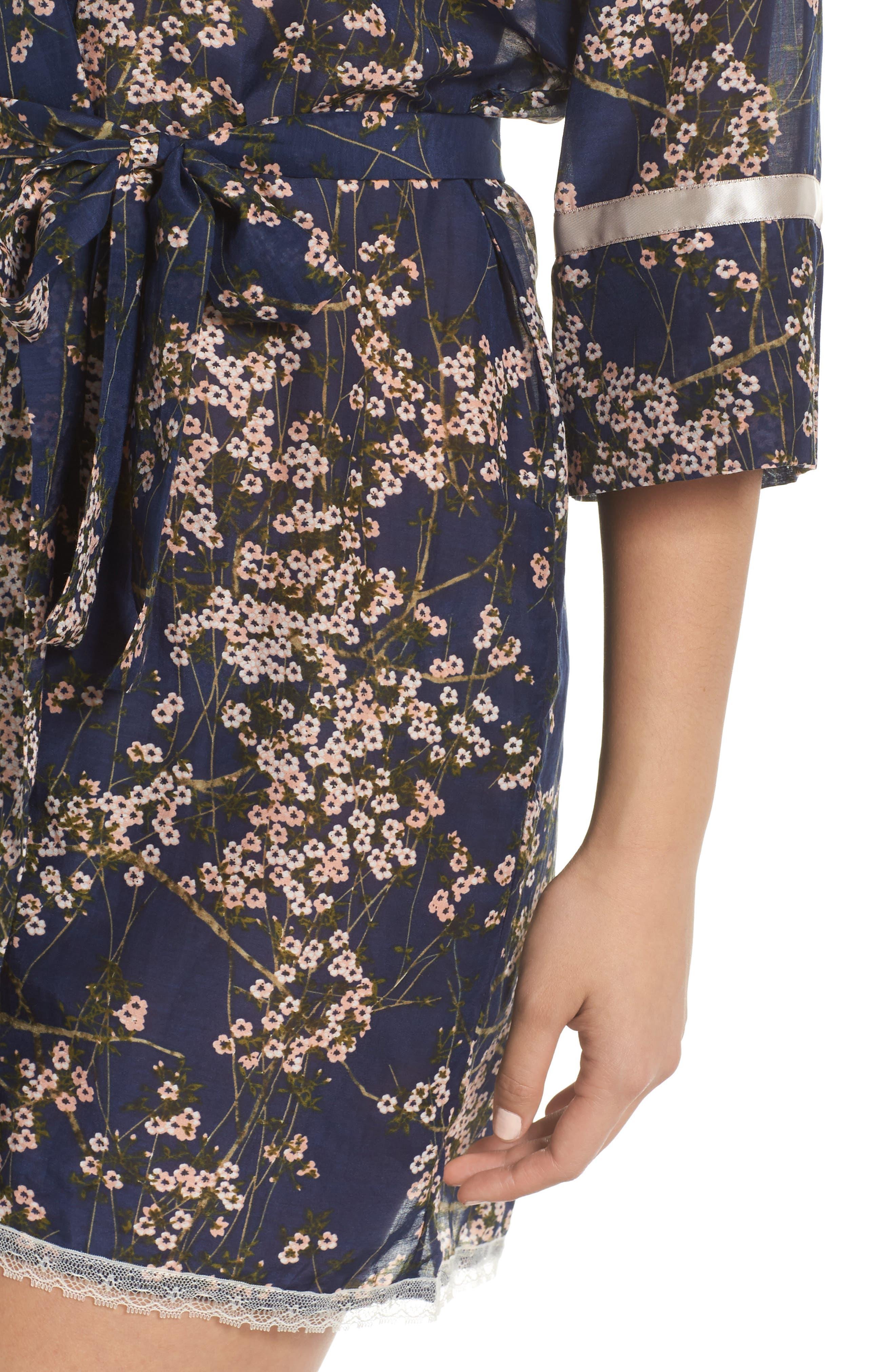 PAPINELLE, Cherry Blossom Short Robe, Alternate thumbnail 4, color, NAVY