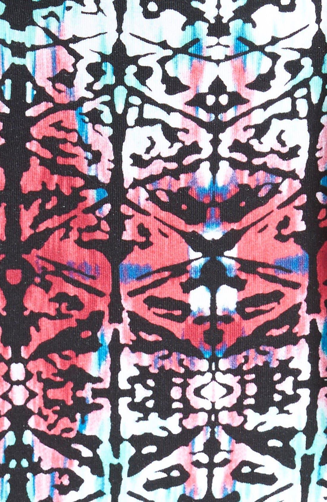 TART MATERNITY, 'Freya' Print Body-Con Maternity Dress, Alternate thumbnail 2, color, MOTLEY GEO