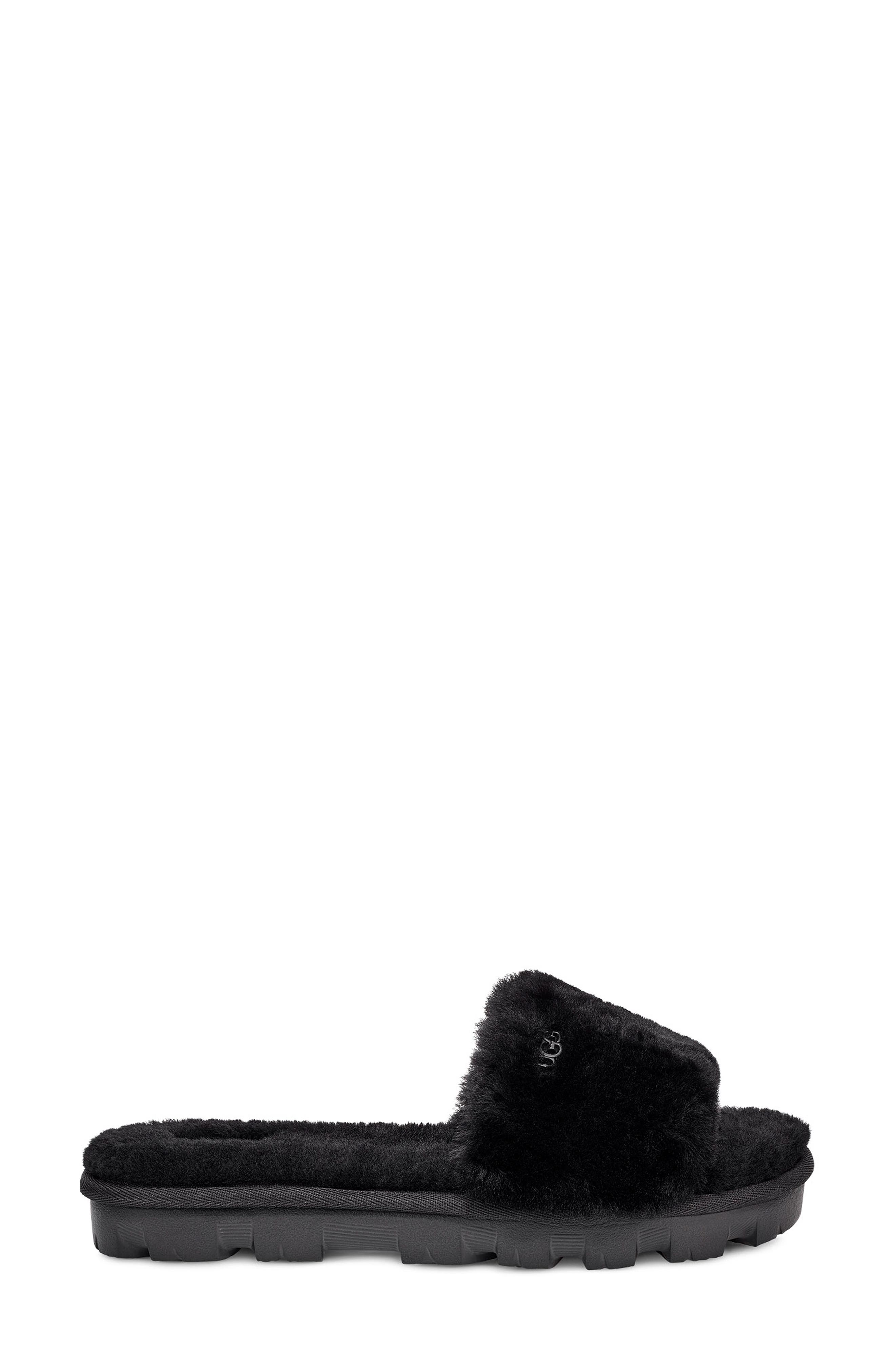 UGG<SUP>®</SUP>, Cozette Genuine Shearling Slipper, Alternate thumbnail 3, color, BLACK
