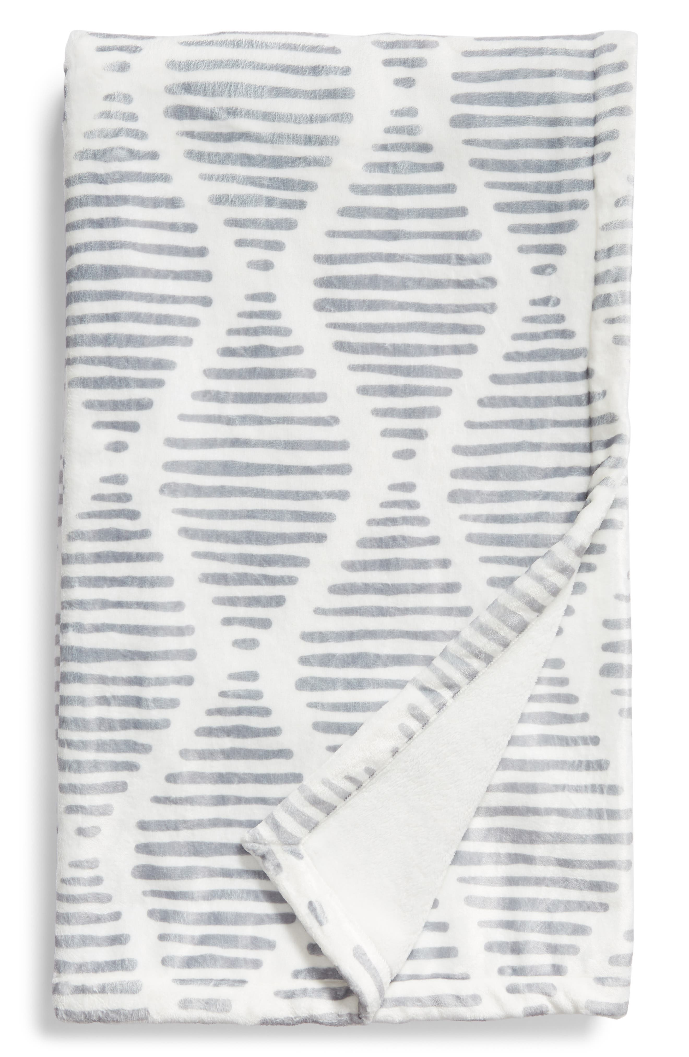 LEVTEX, Scattered Lines Throw Blanket, Main thumbnail 1, color, CHARCOAL