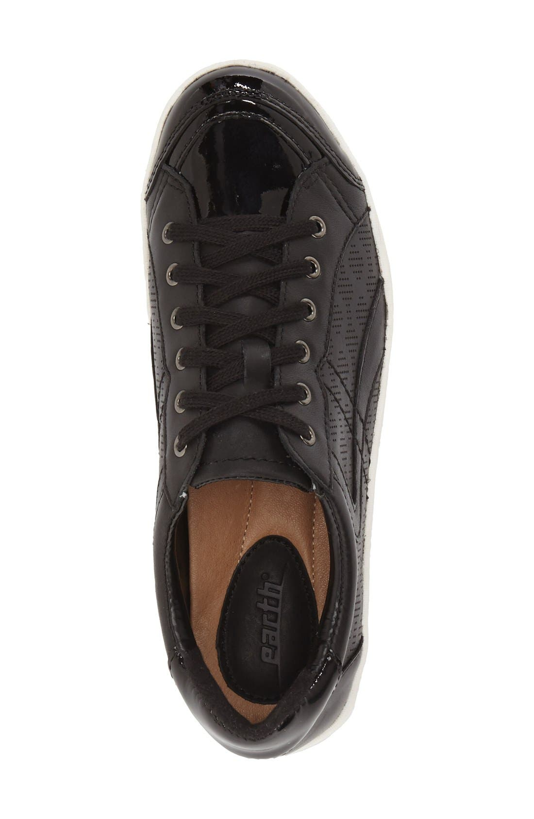 EARTH<SUP>®</SUP>, 'Quince' Leather Sneaker, Alternate thumbnail 4, color, 001